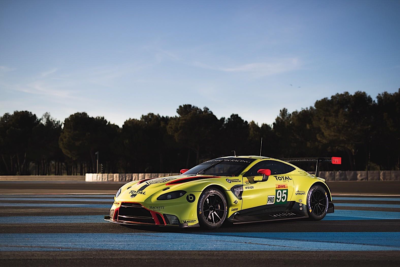 2019 Aston Martin Vantage Gt3 Gt4 Look Intent On Winning Races Autoevolution