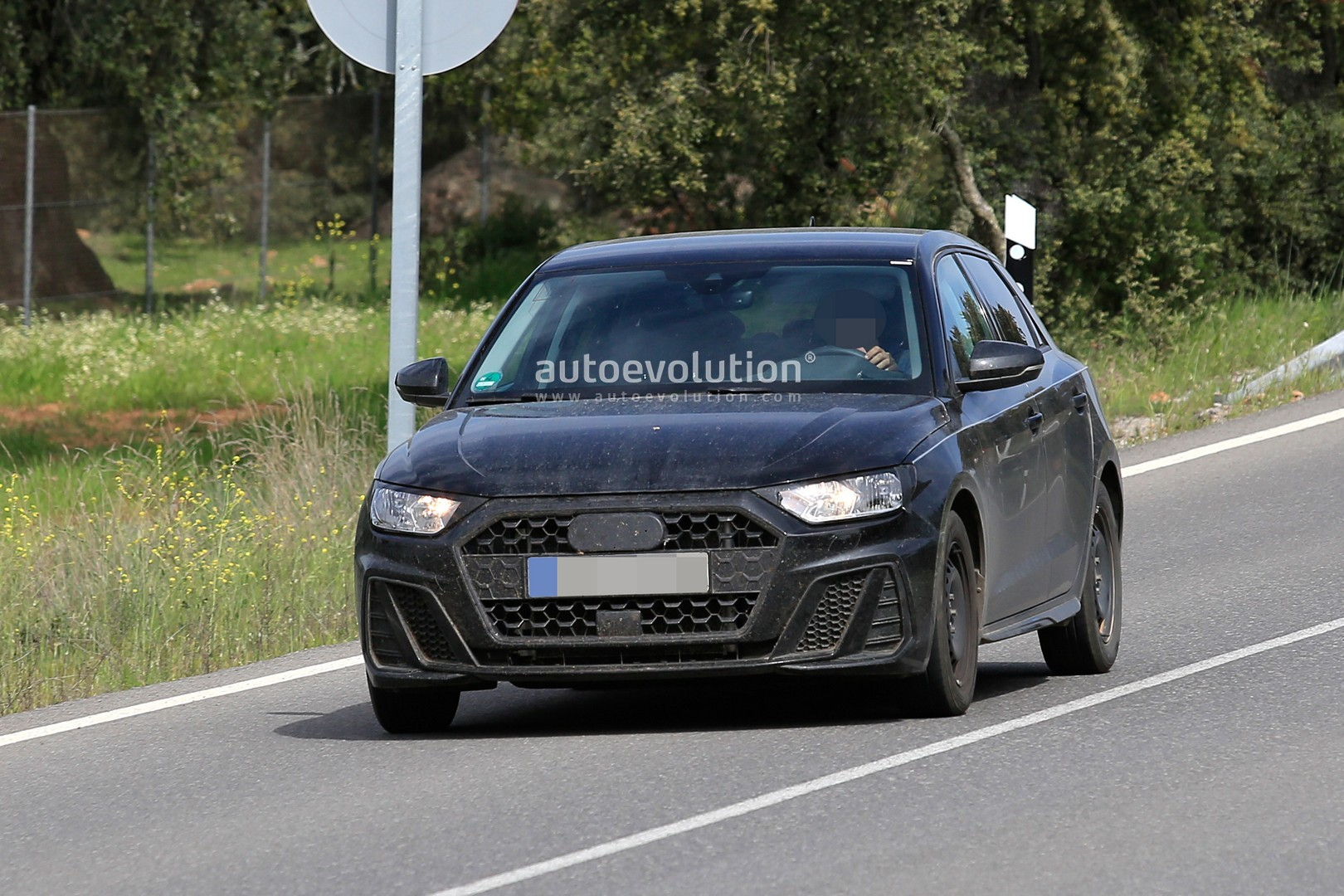 2019 audi a1 has 200 hp 2 liter turbo and new suspension autoevolution. Black Bedroom Furniture Sets. Home Design Ideas