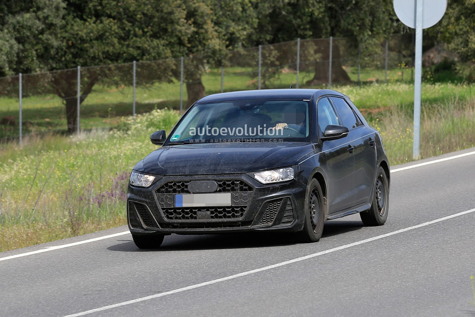 2019 audi a1 sportback spied completely undisguised autoevolution. Black Bedroom Furniture Sets. Home Design Ideas