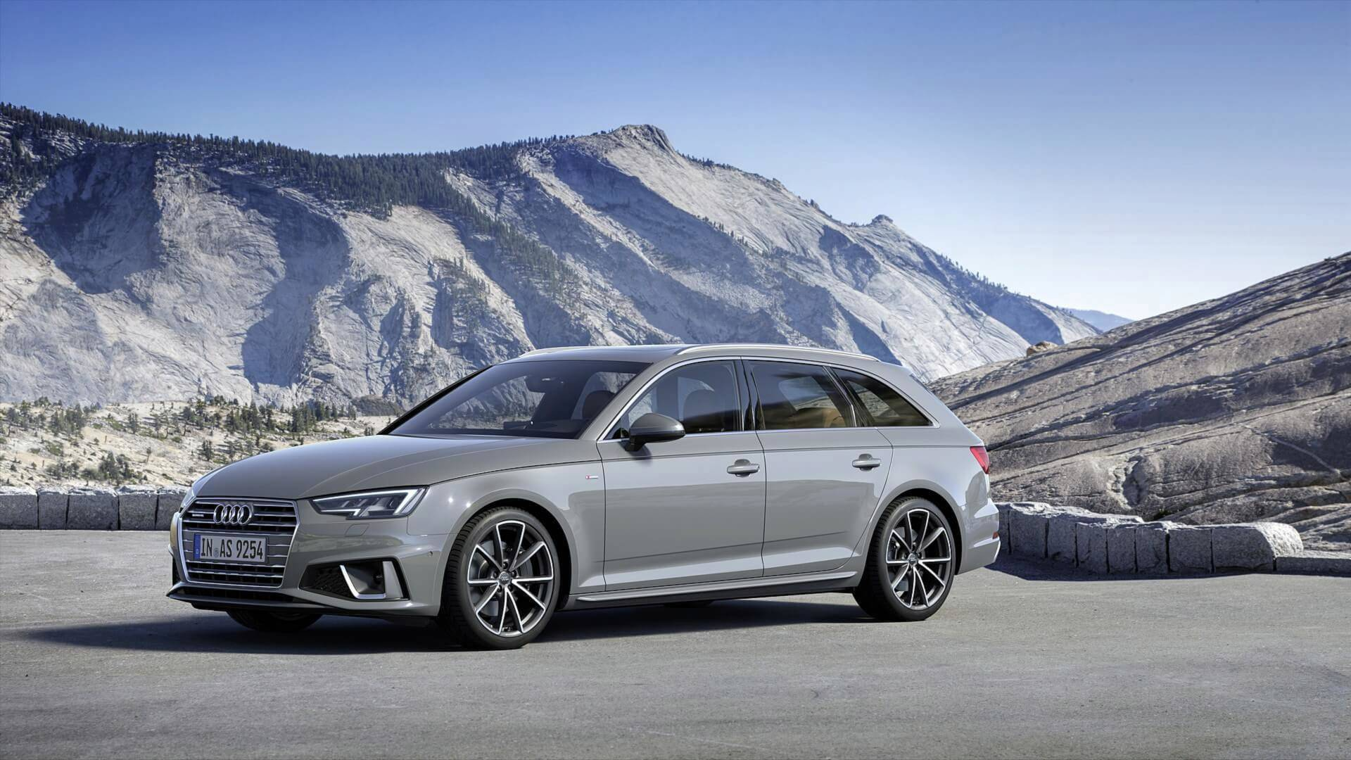 2019 audi a4 facelift doesn t look all that different from. Black Bedroom Furniture Sets. Home Design Ideas