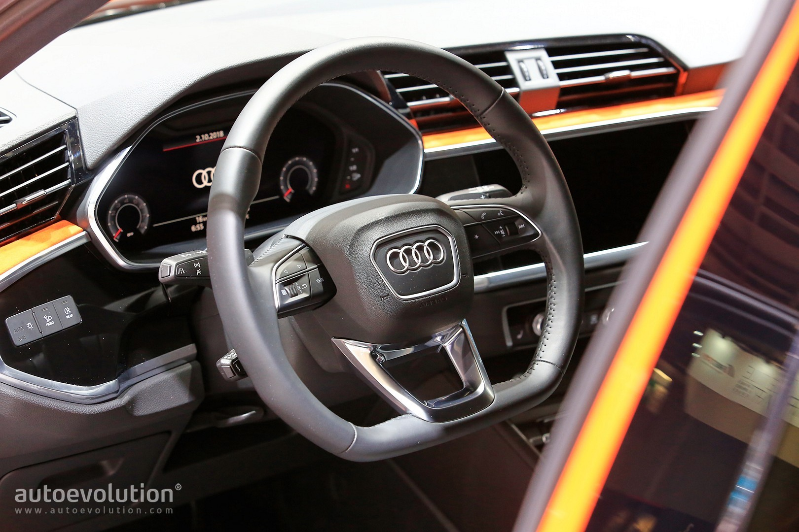 2019 Audi Q3 Debuts in Paris With Best Compact SUV ...