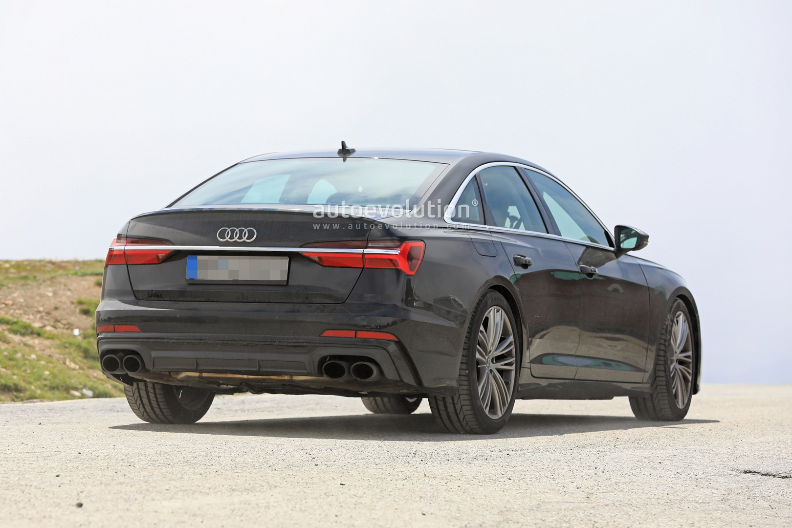 2019 Audi S6 Sedan Spied With Quad Exhaust Autoevolution