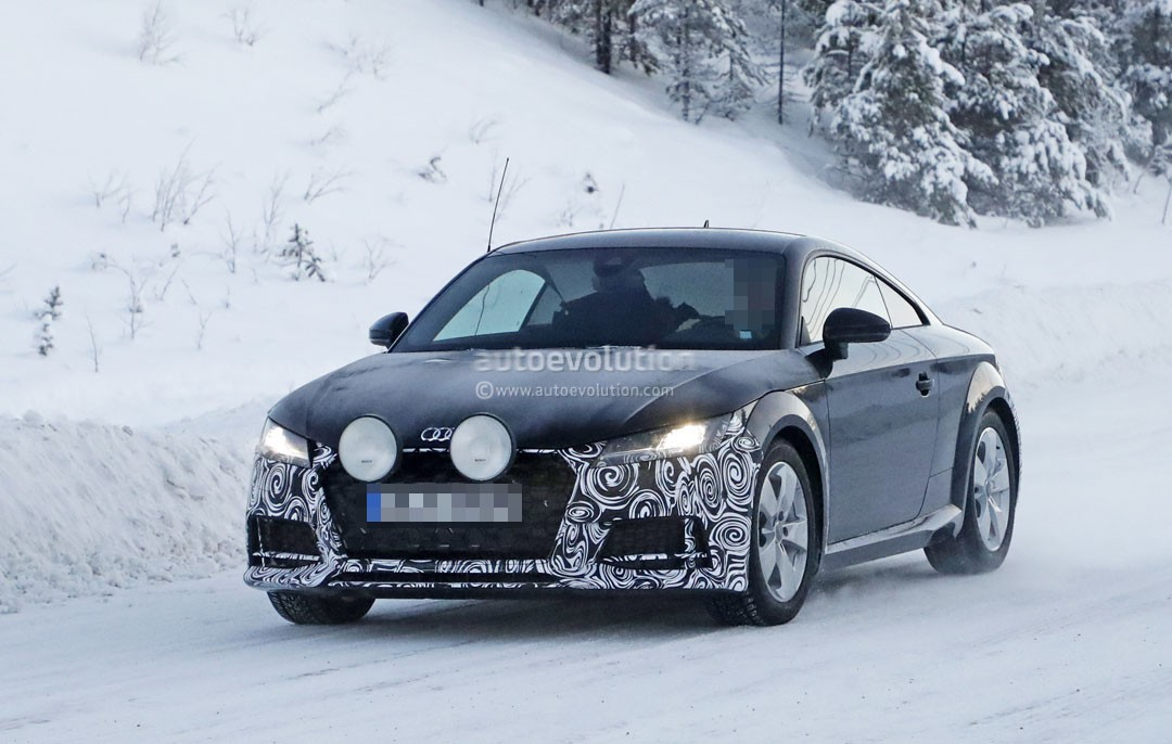 spyshots 2019 audi tt coupe facelift snow testing hides few novelties autoevolution. Black Bedroom Furniture Sets. Home Design Ideas
