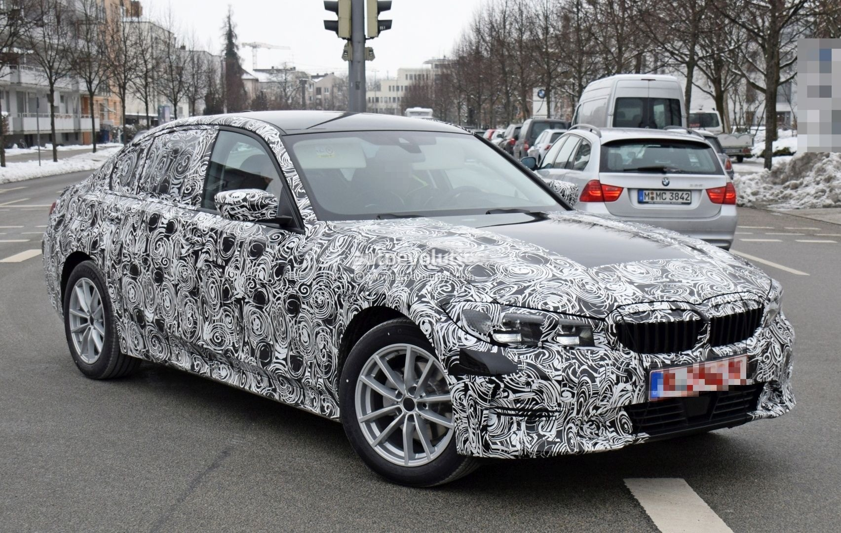 2019 bmw 3 series prototype shows production design looks like smaller 5 series autoevolution. Black Bedroom Furniture Sets. Home Design Ideas