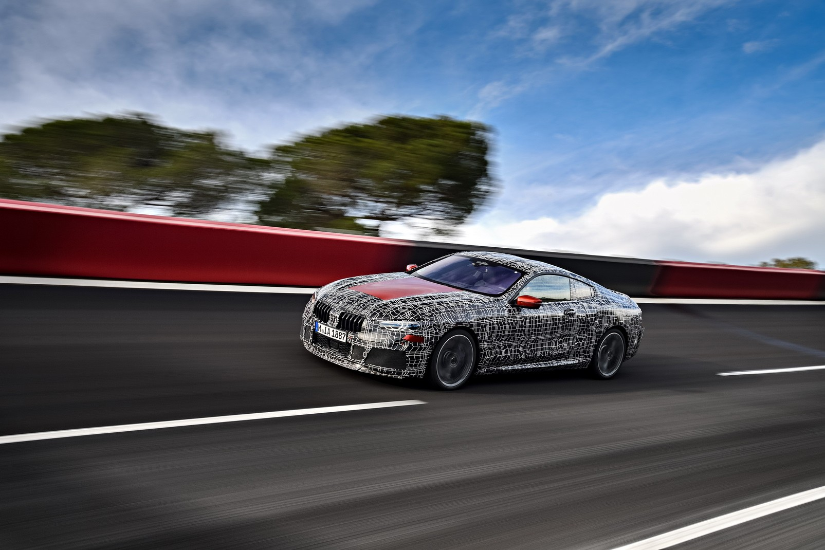 2019 BMW 8 Series Coupe (G15) Teased On Video, 850i Sounds ...