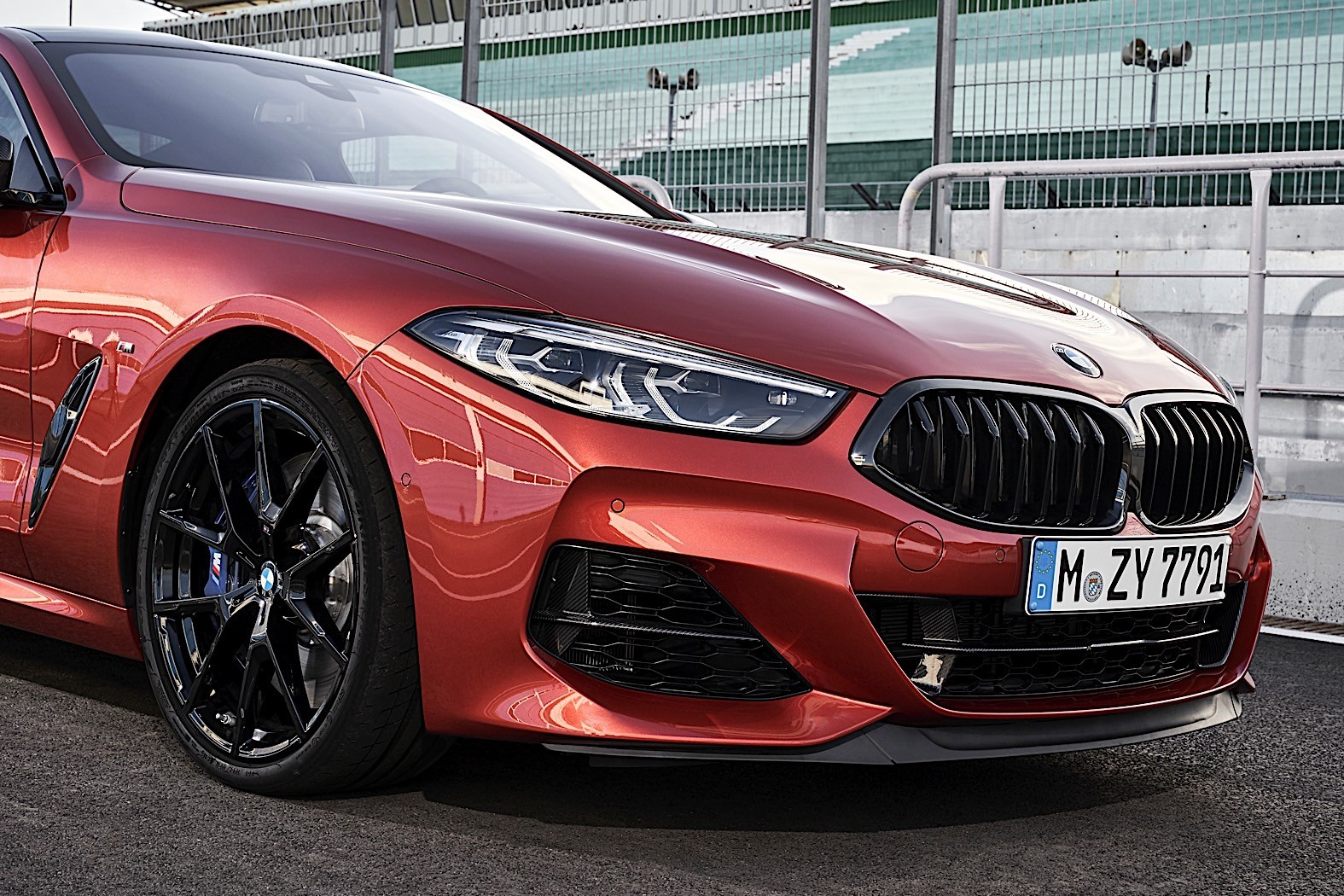 2019 bmw 8 series coupe shown in insane detail in new images autoevolution. Black Bedroom Furniture Sets. Home Design Ideas