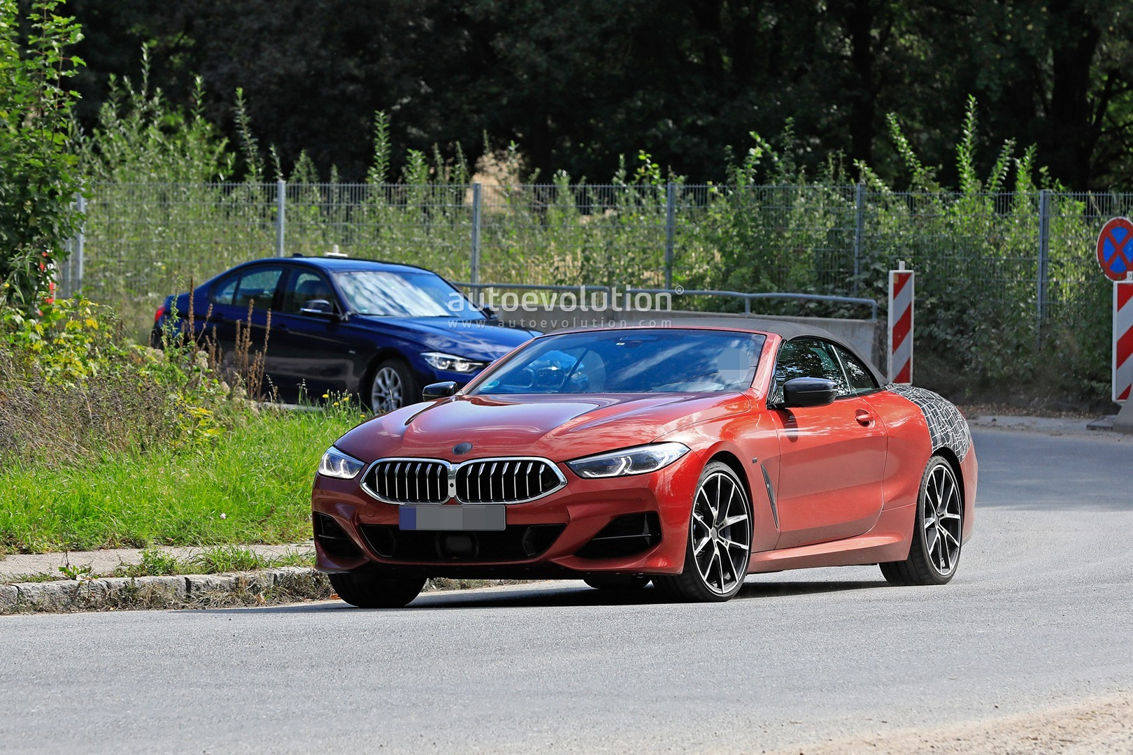 2019 Bmw M850i Xdrive Cabriolet Looks Stunning In Sunset Orange