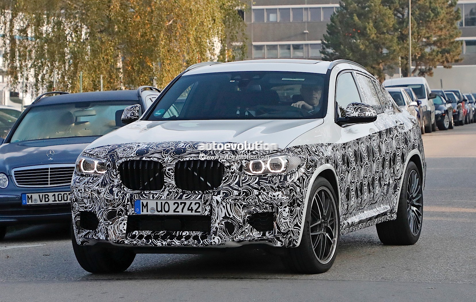 2019 Bmw X4 M40i Spied Near The Nurburgring To Offer More Rear