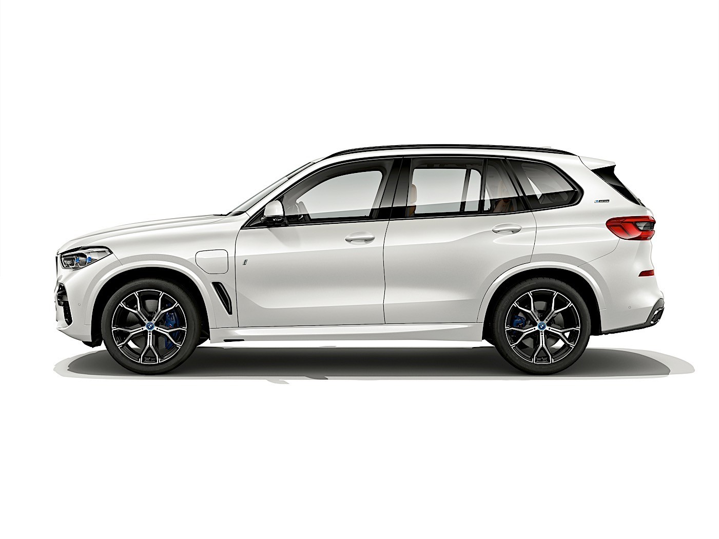 2019 bmw x5 iperformance plug in hybrid comes with 50 miles electric range autoevolution. Black Bedroom Furniture Sets. Home Design Ideas