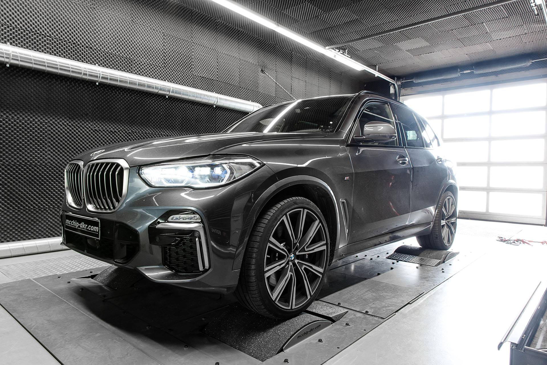 2019 bmw x5 m50d chip tuning takes quad turbo to 515 hp. Black Bedroom Furniture Sets. Home Design Ideas