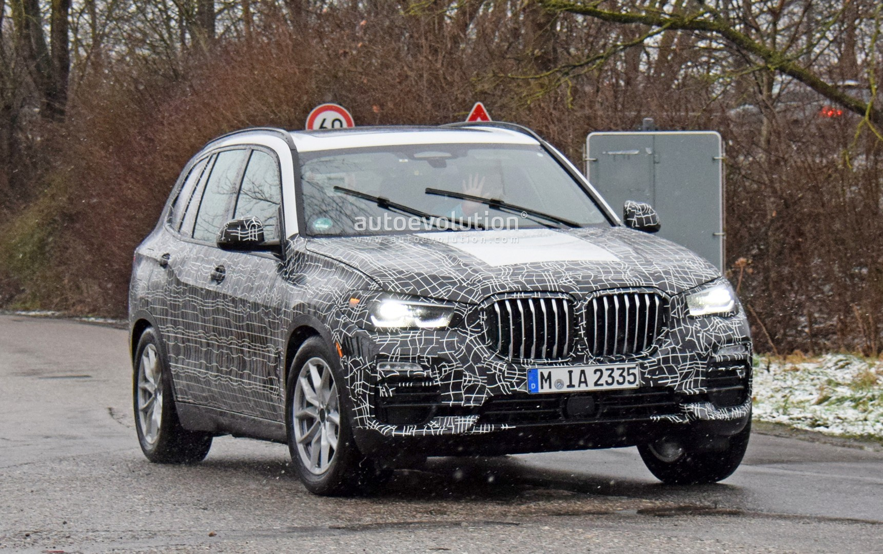 Spyshots: 2019 BMW X5 Shows Gigantic Kidney Grilles, Sheds ...