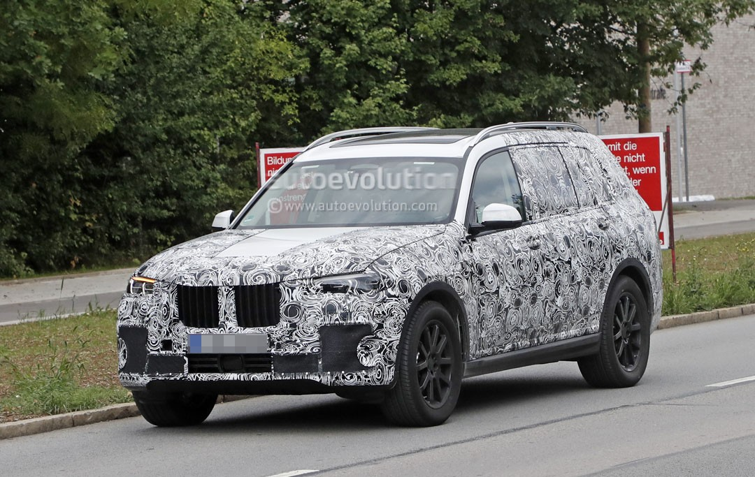 2019 BMW X7 Spied Near The Nurburgring Looking as Massive as Ever  autoevolution