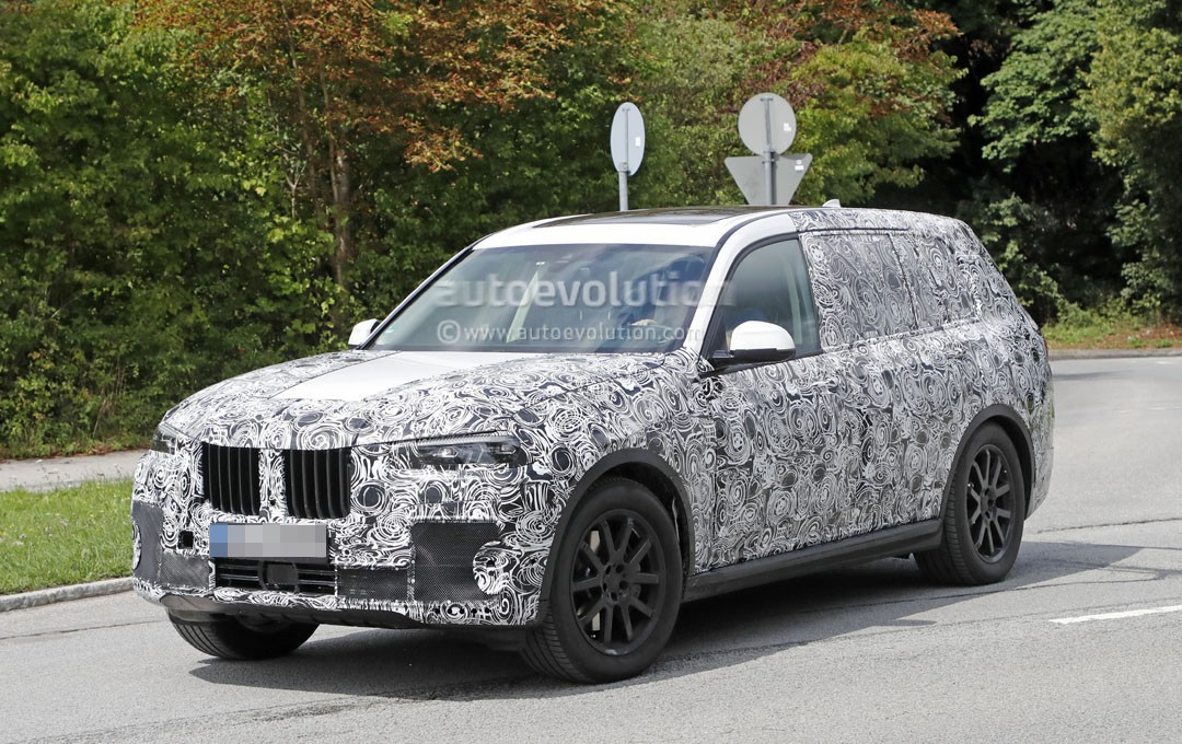 2019 bmw x7 spied near the nurburgring looking as massive as ever autoevolution. Black Bedroom Furniture Sets. Home Design Ideas
