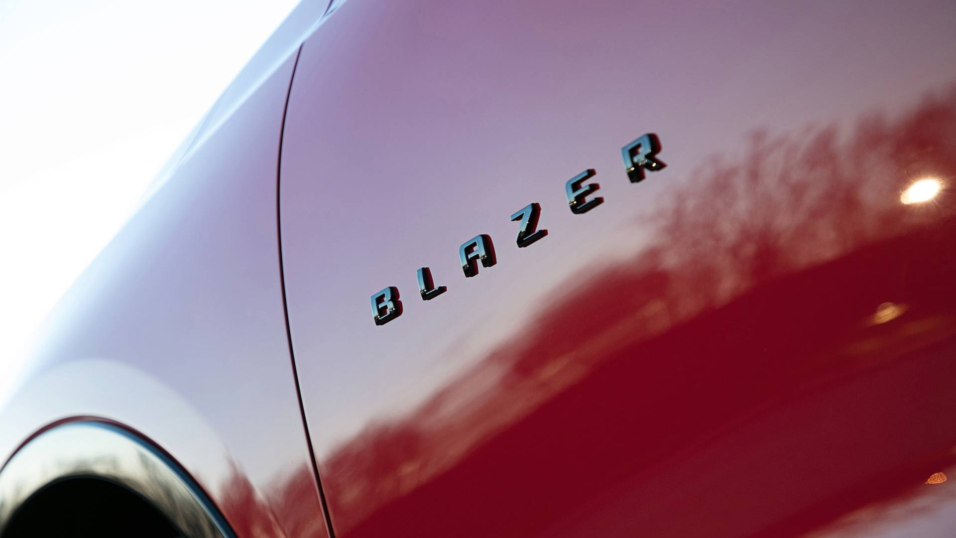2019 Chevrolet Blazer Gets Detailed on Camera - autoevolution