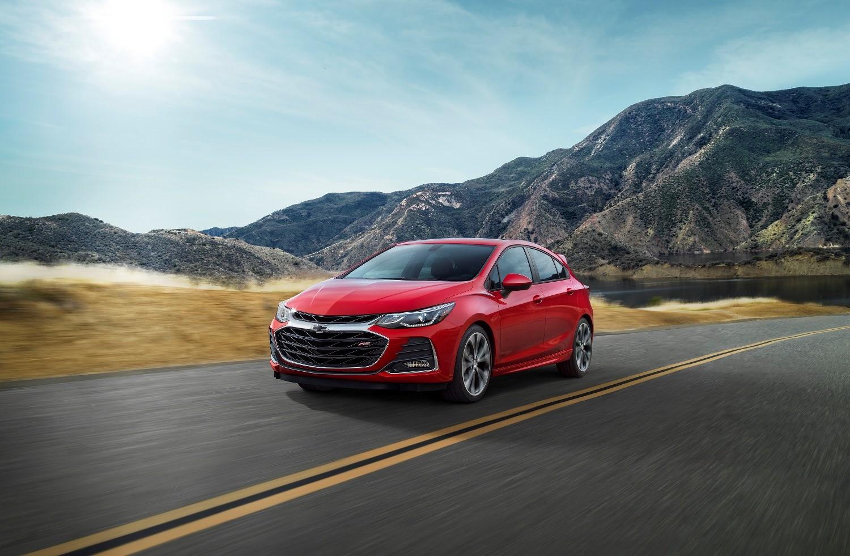 Chevy Sonic Custom >> 2019 Chevrolet Cruze Updated Across The Board - autoevolution
