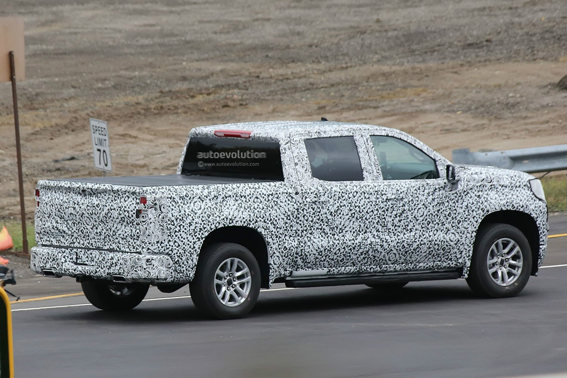 2019 chevrolet silverado shows more design details in new spy photos_17 a simple guide to the g80 locking differential autoevolution  at edmiracle.co