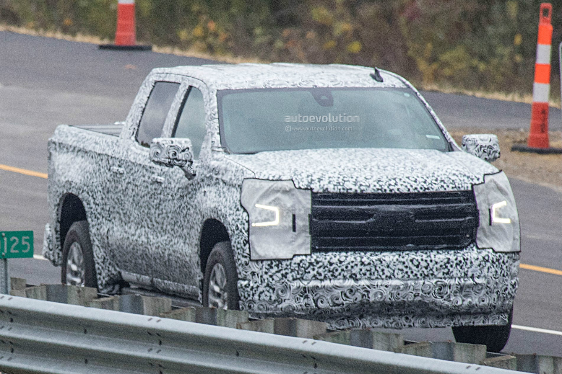 2019 chevrolet silverado shows more design details in new spy photos_8 a simple guide to the g80 locking differential autoevolution  at edmiracle.co
