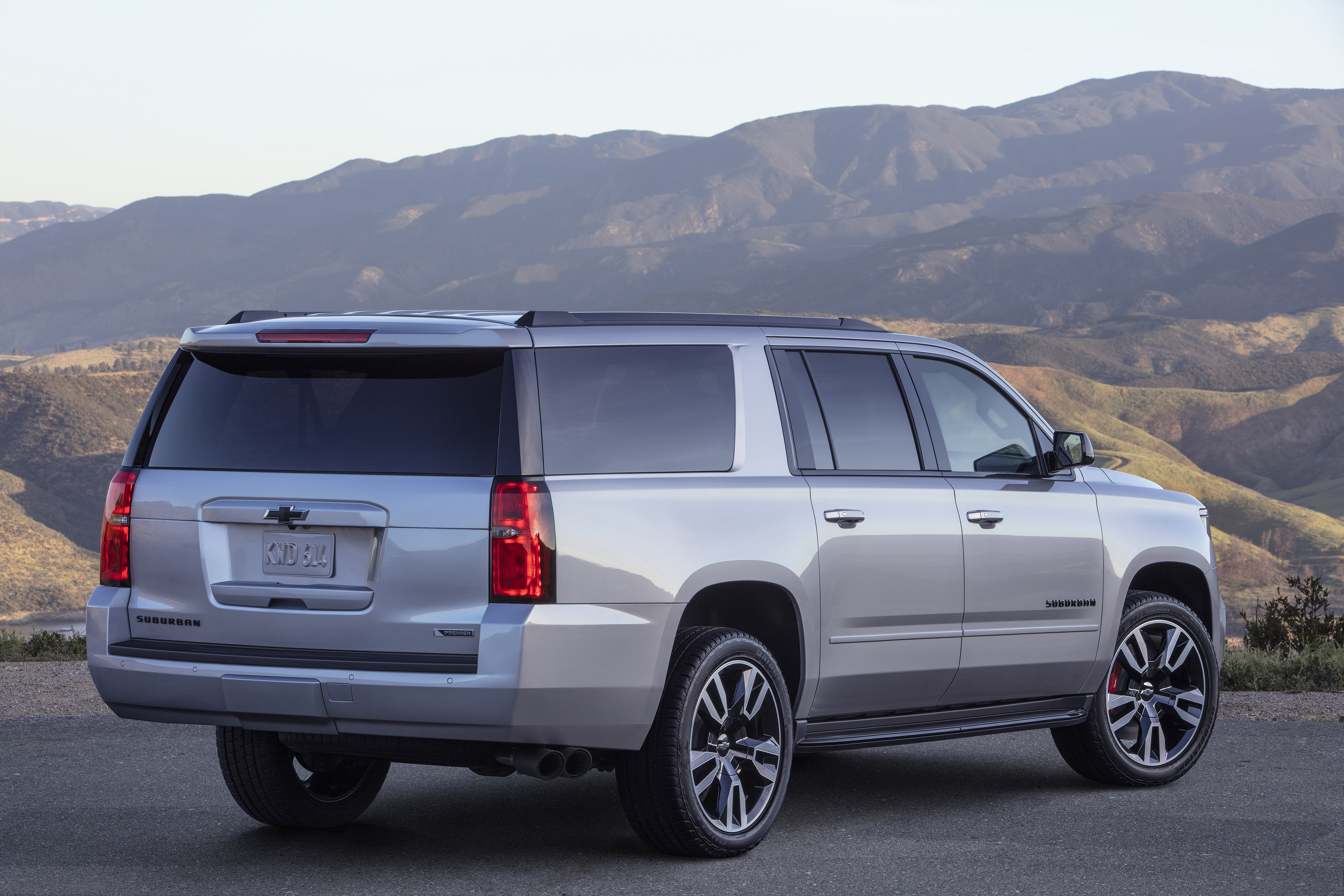 2019 Chevrolet Tahoe, Suburban Now Available In Premier ...