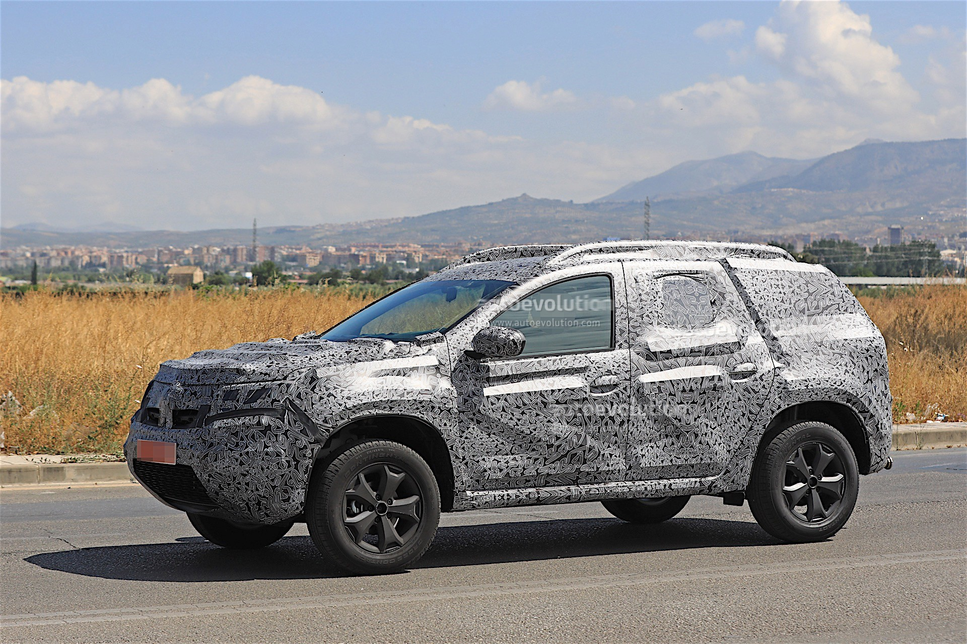 2019 dacia duster spied for the first time prototype looks familiar autoevolution. Black Bedroom Furniture Sets. Home Design Ideas