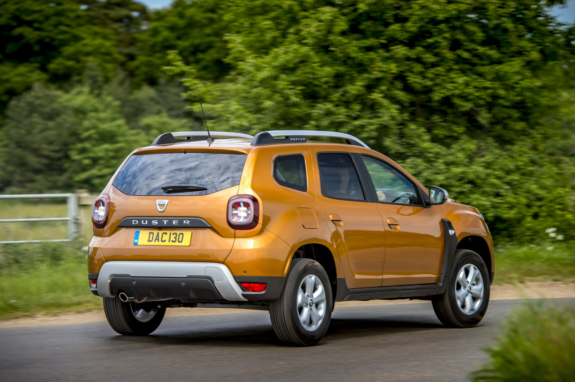 2019 dacia duster with 1 3 turbo launched in uk with 130. Black Bedroom Furniture Sets. Home Design Ideas