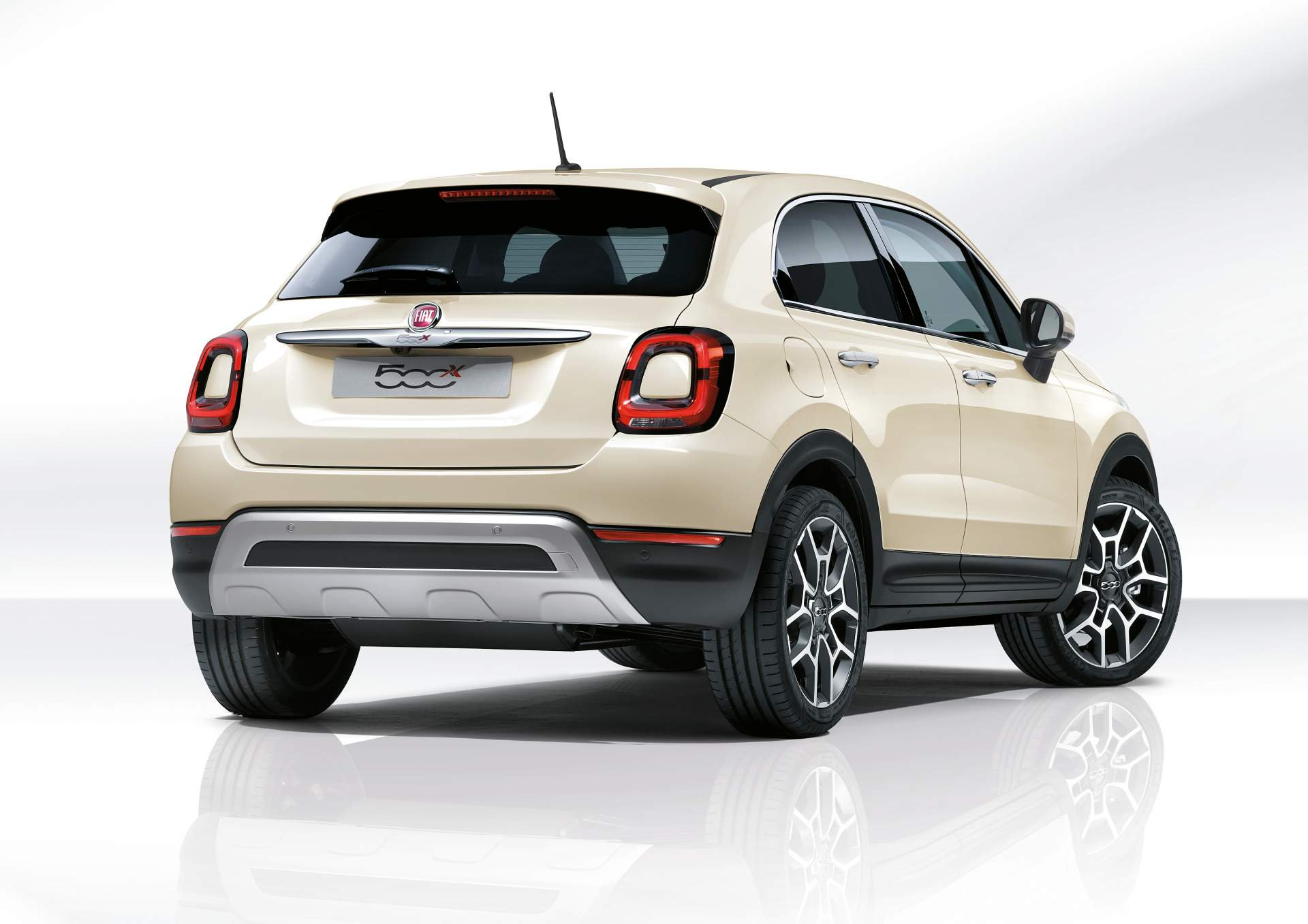 2019 Fiat 500x Facelifted To Match The 2019 Jeep Renegade Autoevolution