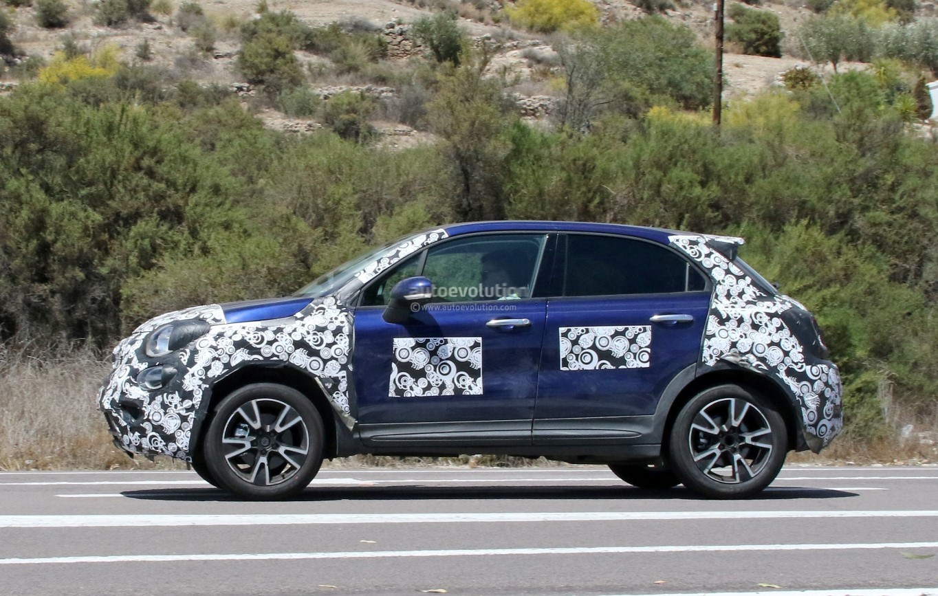2019 fiat 500x looks predictable in teaser photo. Black Bedroom Furniture Sets. Home Design Ideas