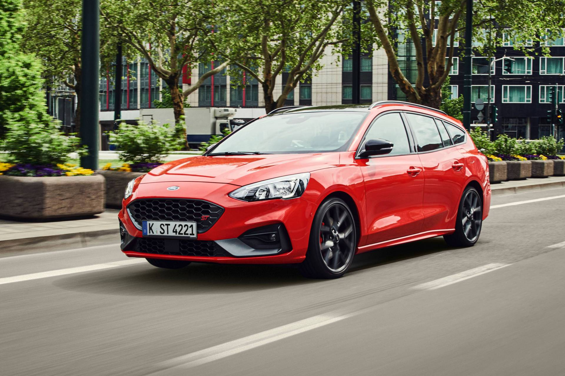2019 ford focus st wagon introduced with ecoblue ecoboost. Black Bedroom Furniture Sets. Home Design Ideas