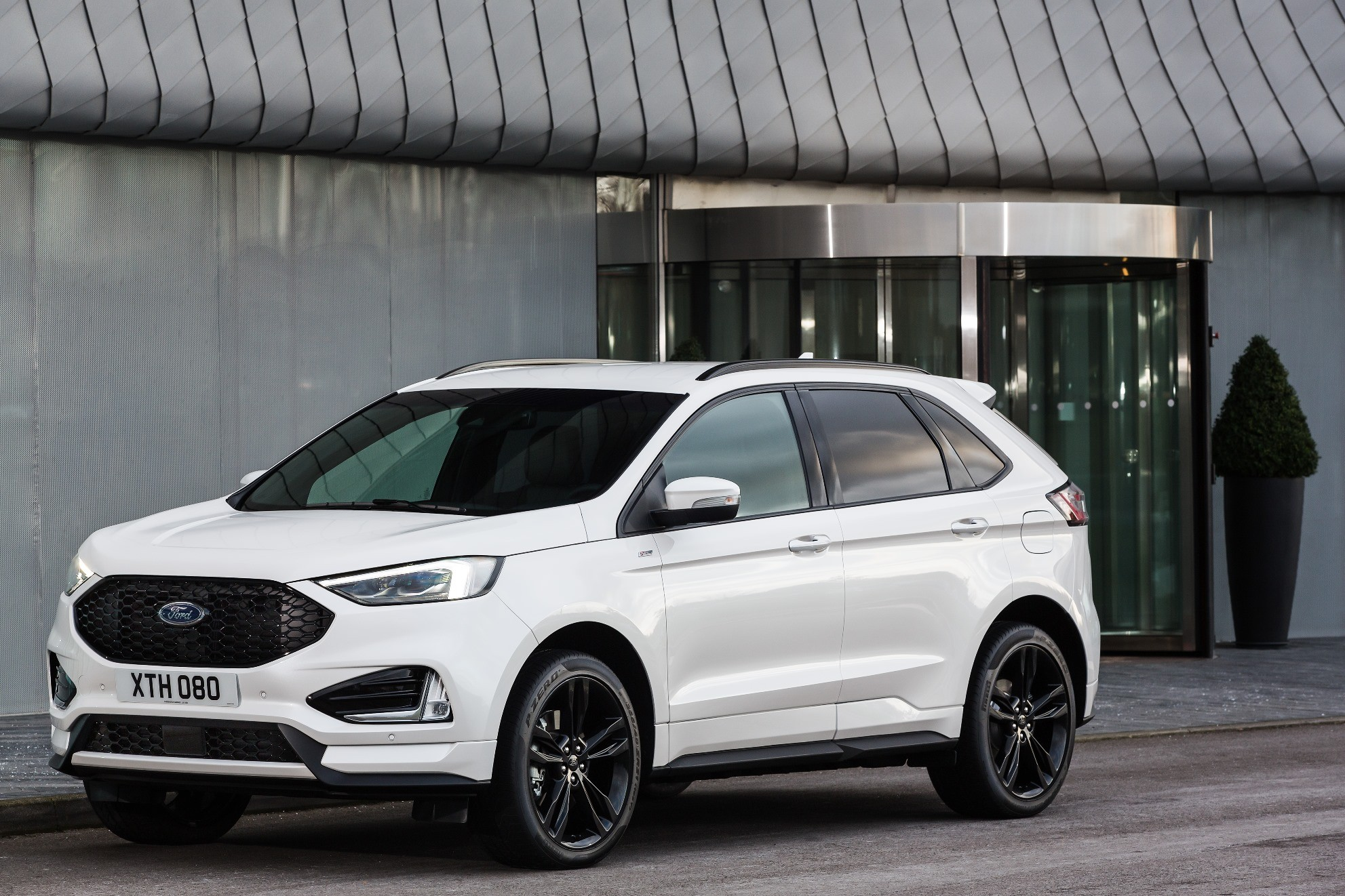 2019 Ford Edge Launched In Europe With EcoBlue Bi-Turbo ...