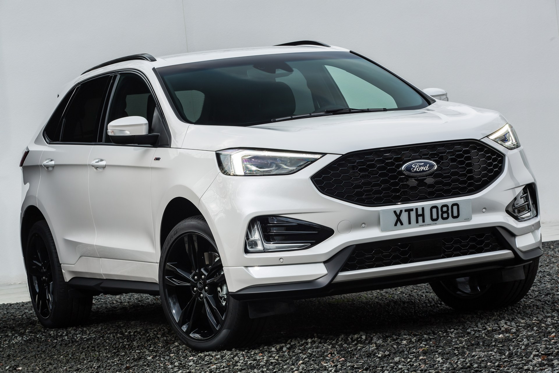 2019 Ford Edge Makes European Debut With Powerful EcoBlue