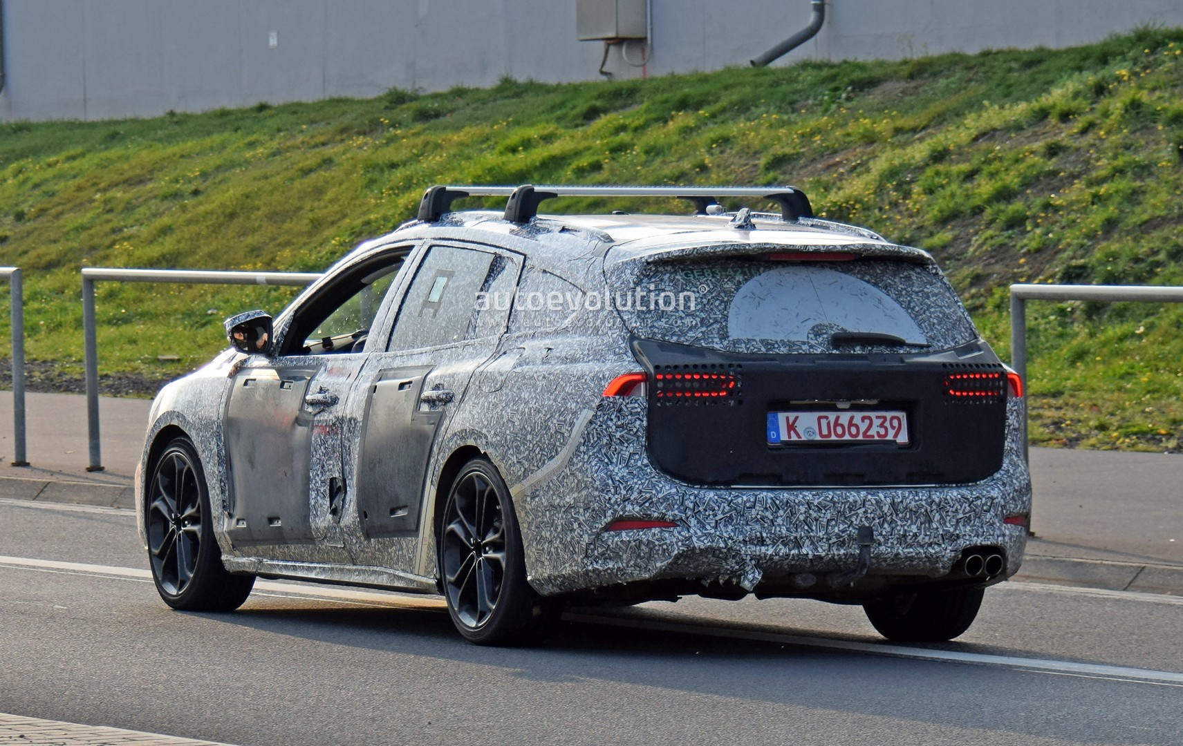 2019 Ford Focus ST Wagon Filmed Testing at the Nurburgring - autoevolution