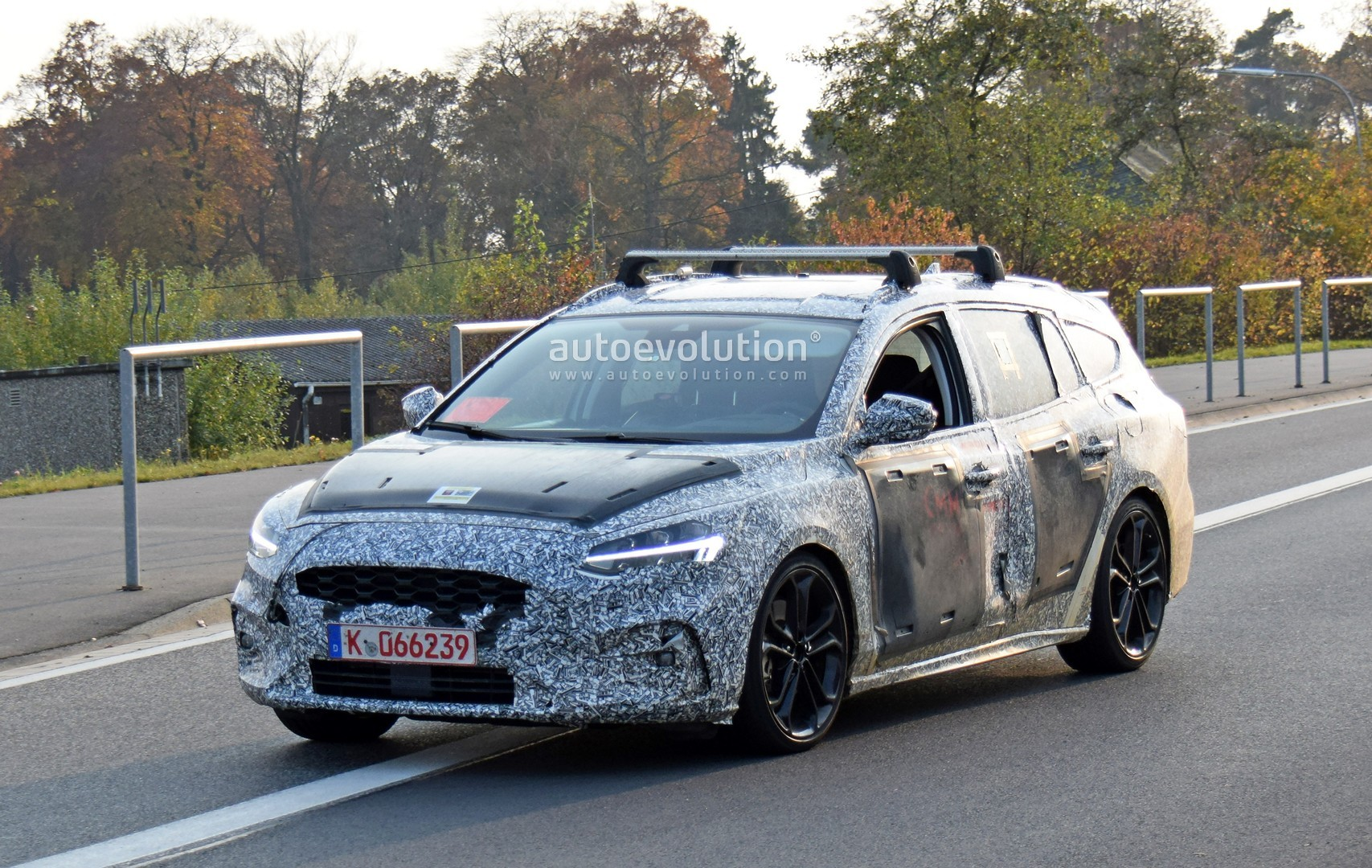 2019 ford focus st wagon filmed testing at the nurburgring autoevolution. Black Bedroom Furniture Sets. Home Design Ideas