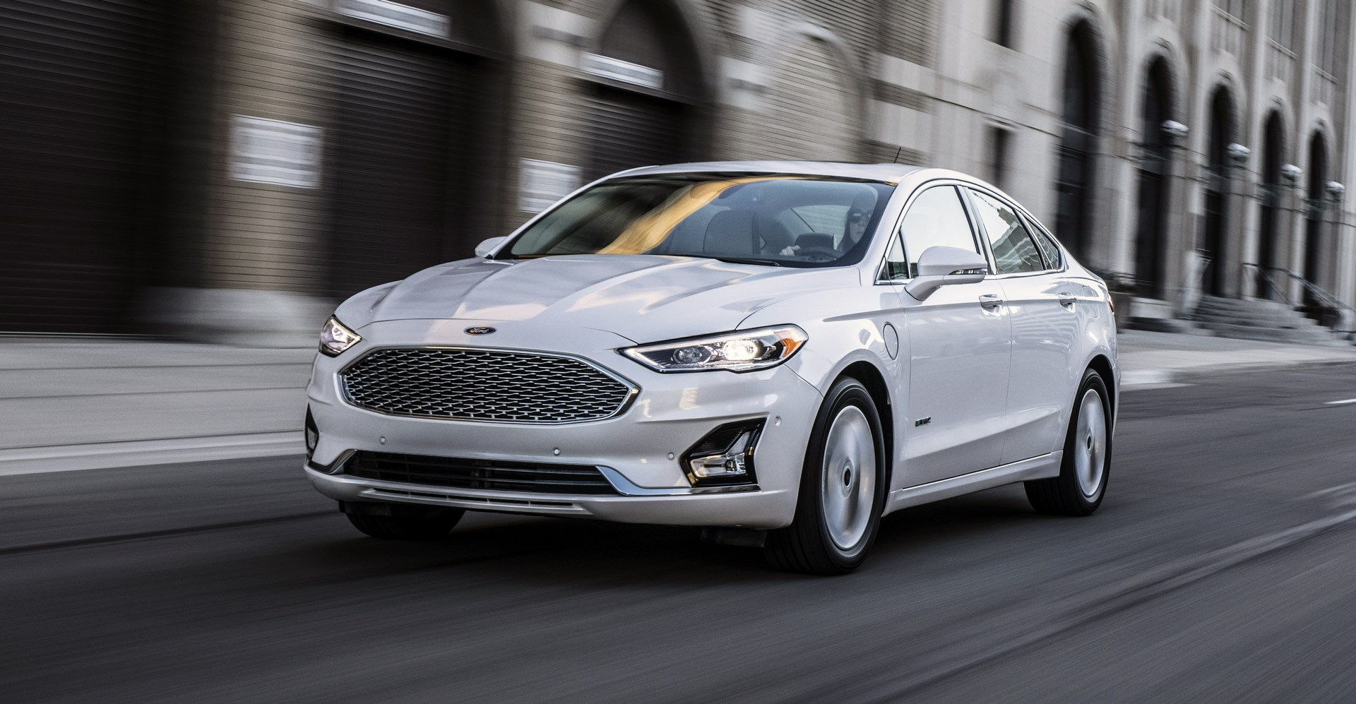 2019 ford fusion debuts with minor design changes more safety tech autoevolution. Black Bedroom Furniture Sets. Home Design Ideas