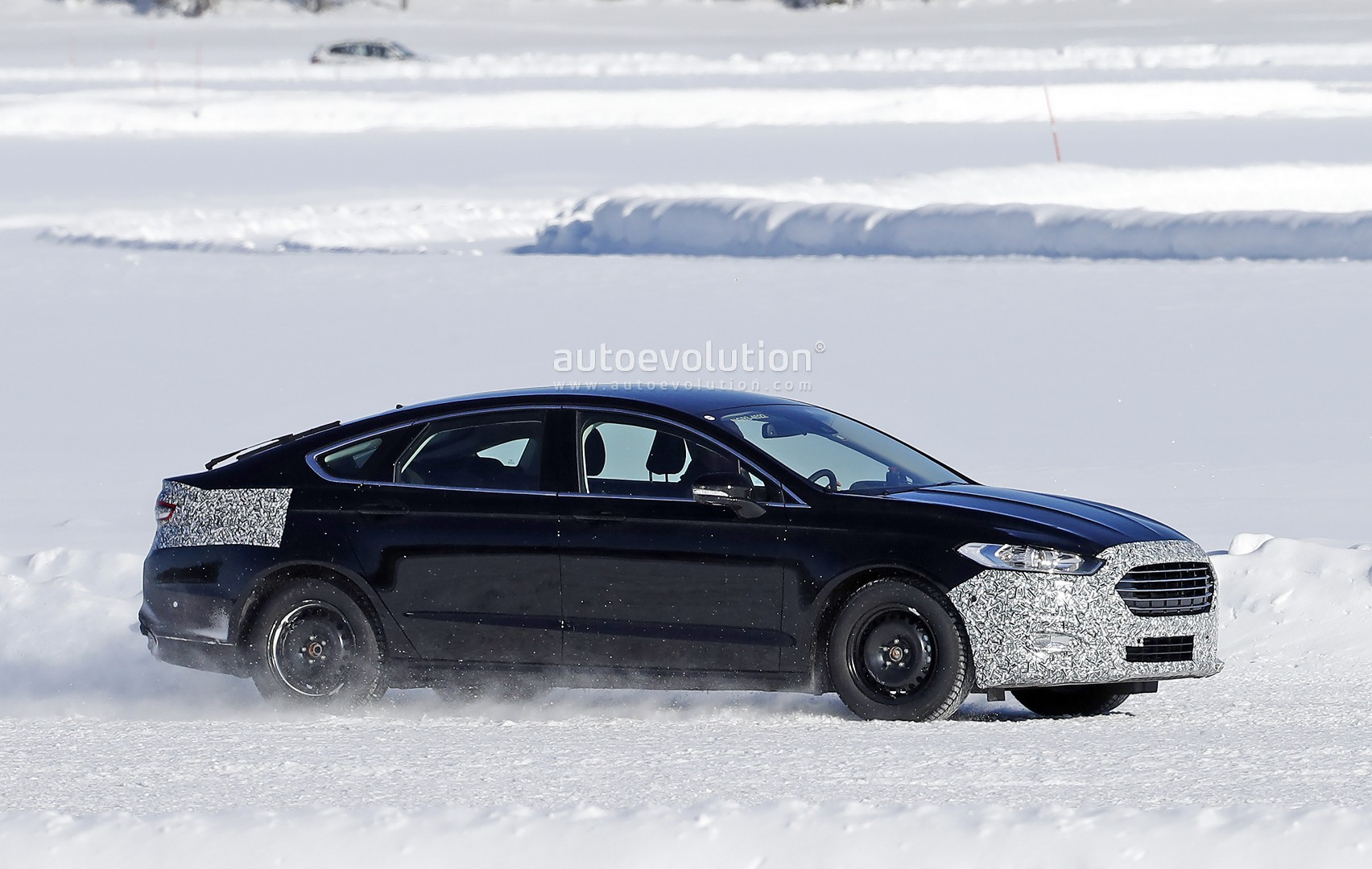 2019 Ford Mondeo Facelift Spied for the First Time in Sweden - autoevolution