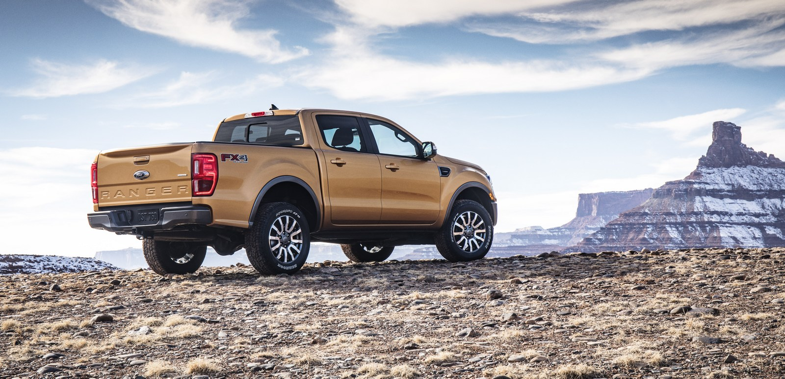 2019 ford ranger pickup truck revealed with 2 3 liter ecoboost engine autoevolution. Black Bedroom Furniture Sets. Home Design Ideas
