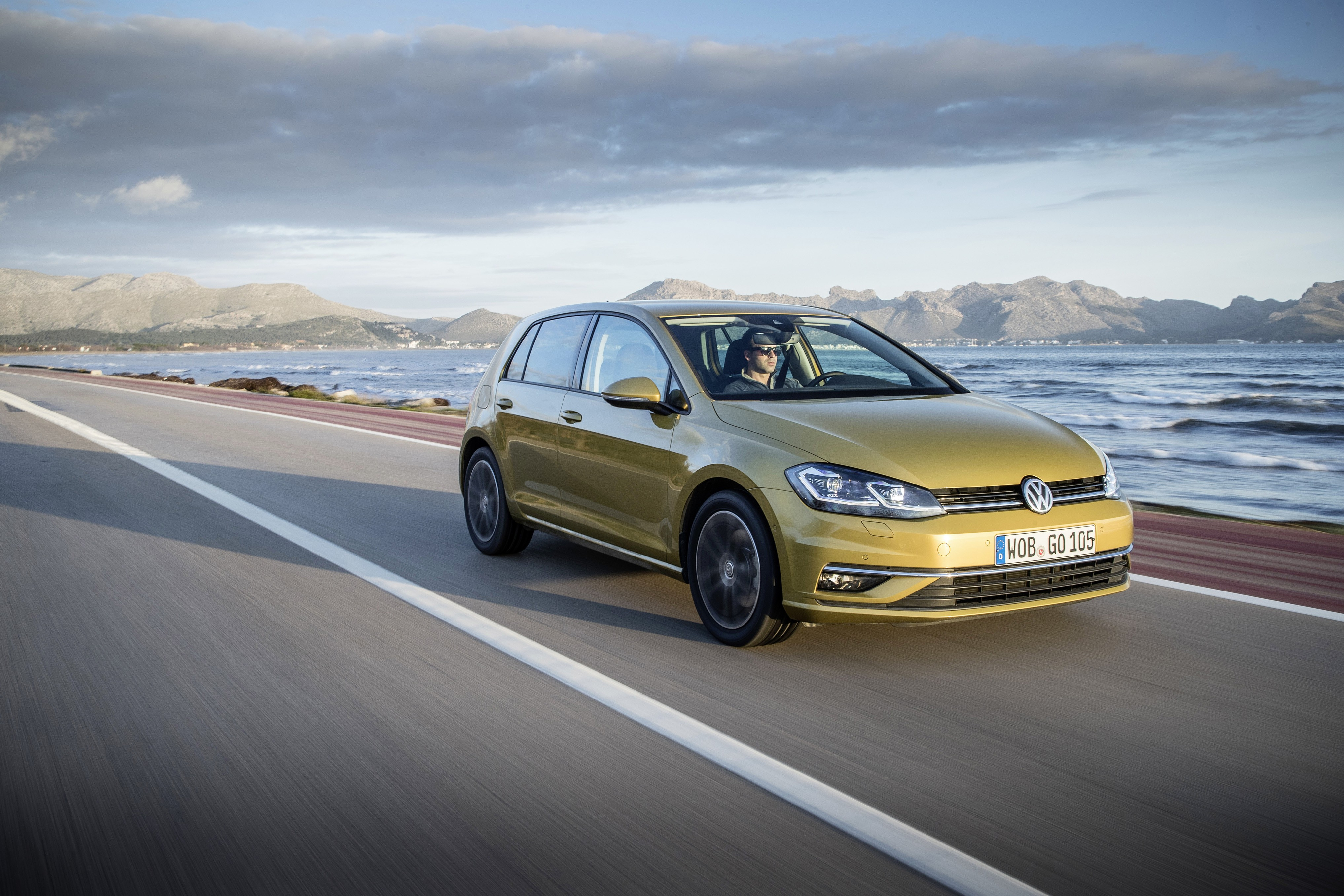 2019 Golf BlueMotion Will Be 48V Petrol-Electric Hybrid - autoevolution
