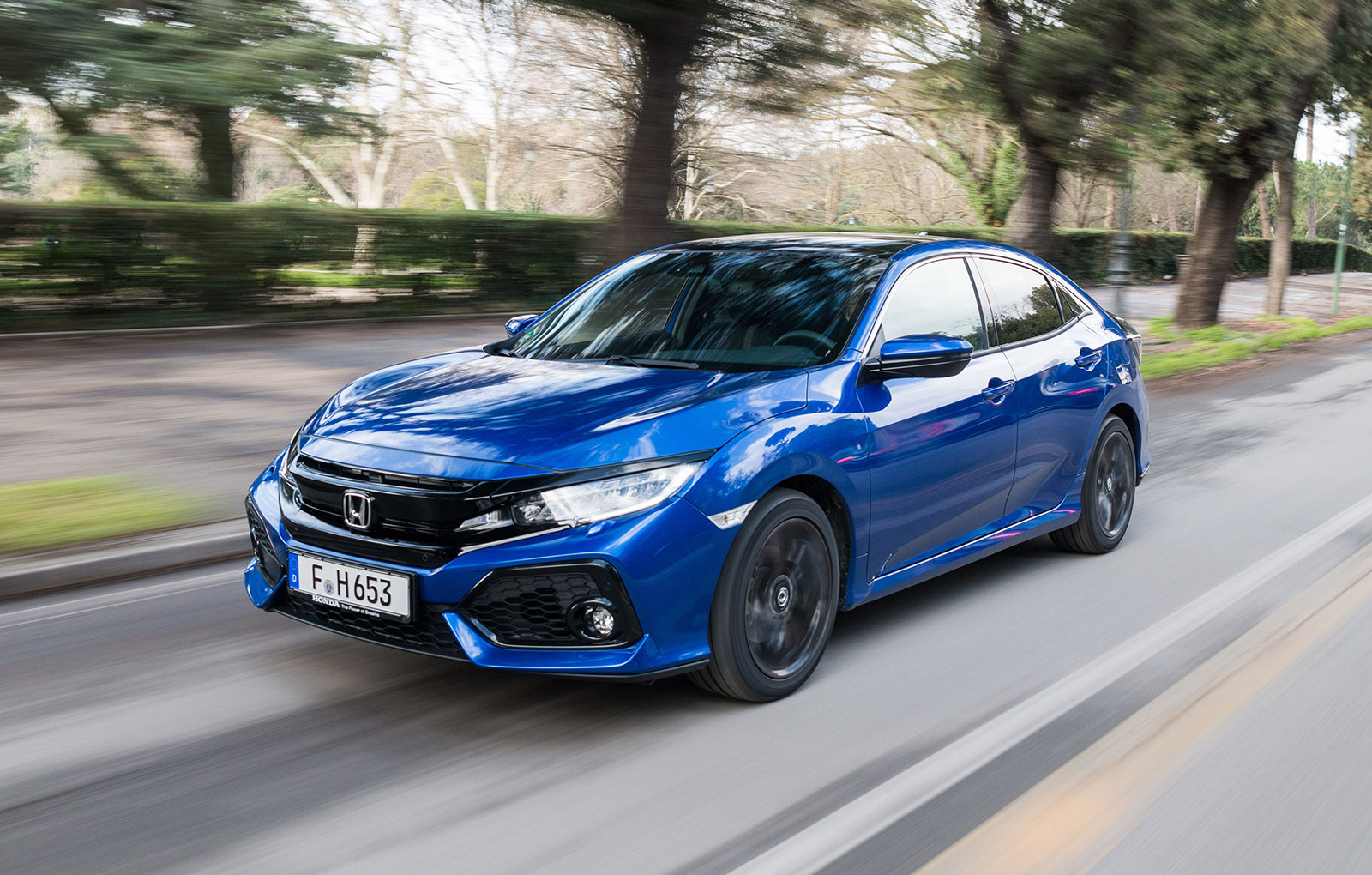 2019 Honda Civic Sedan, Coupe Feature Refreshed Styling, New Sport Trim - autoevolution
