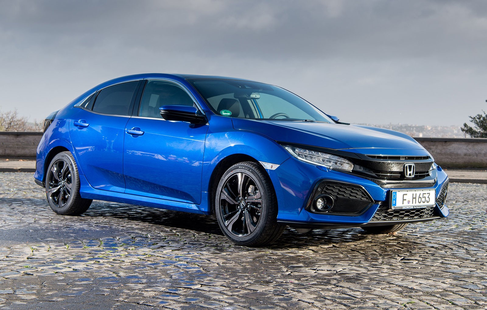 2019 Honda Civic Sedan Coupe Feature Refreshed Styling New Sport