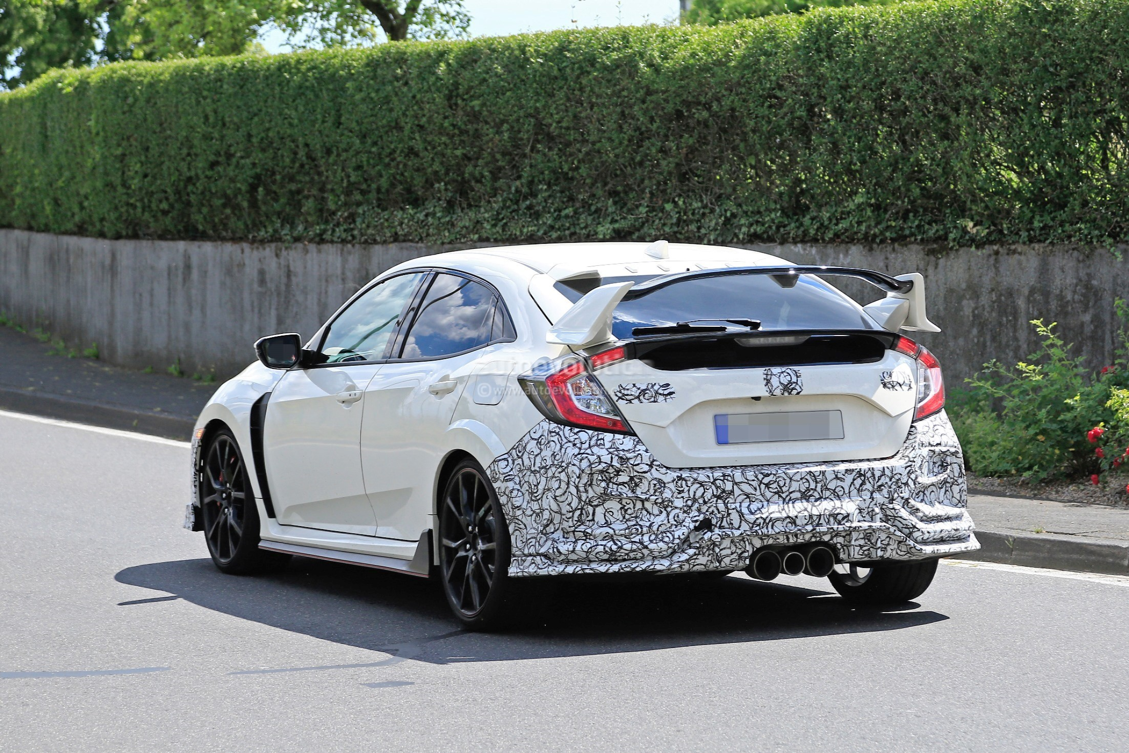 2019 honda civic type r spied for the first time autoevolution. Black Bedroom Furniture Sets. Home Design Ideas