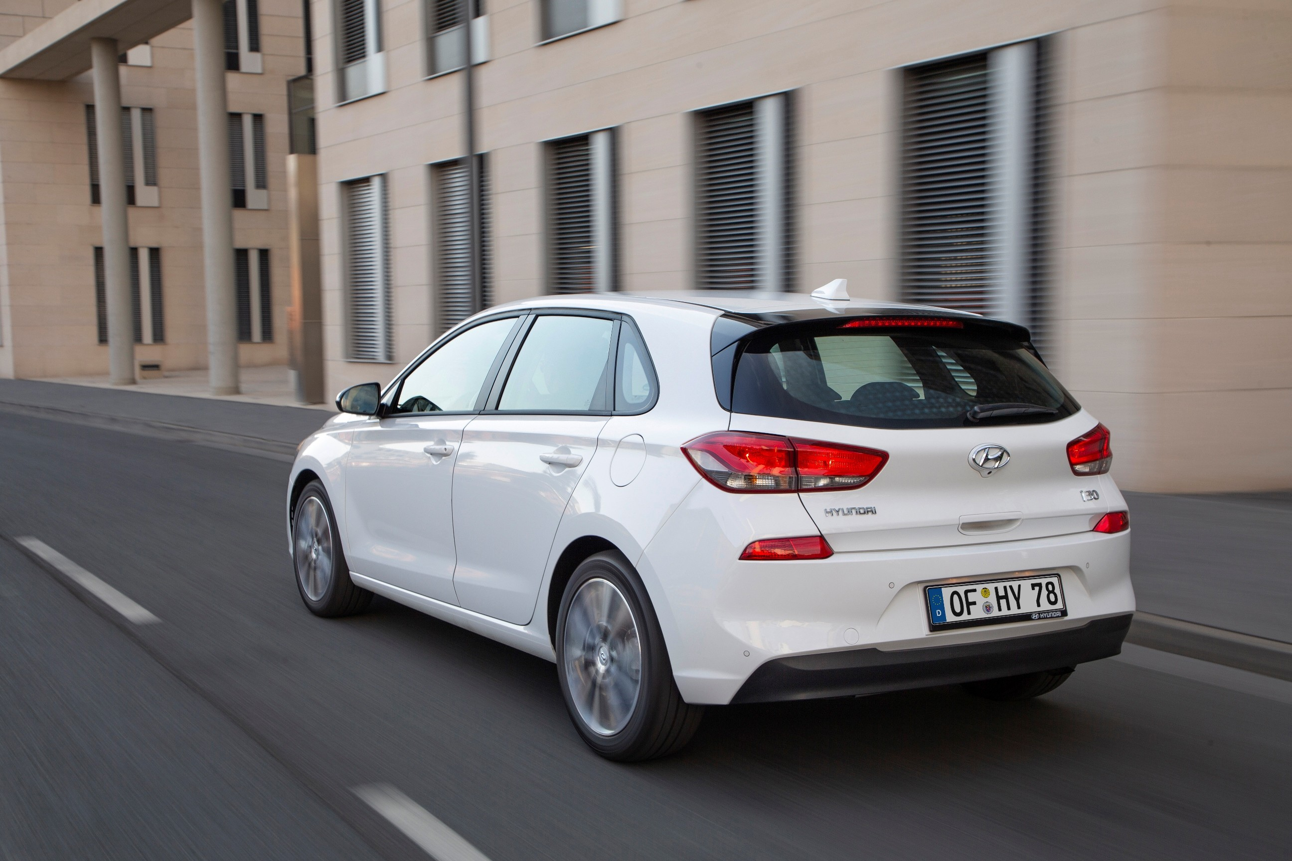 2019 Hyundai i30 Facelifted: Smartstream Engine, 8 ...