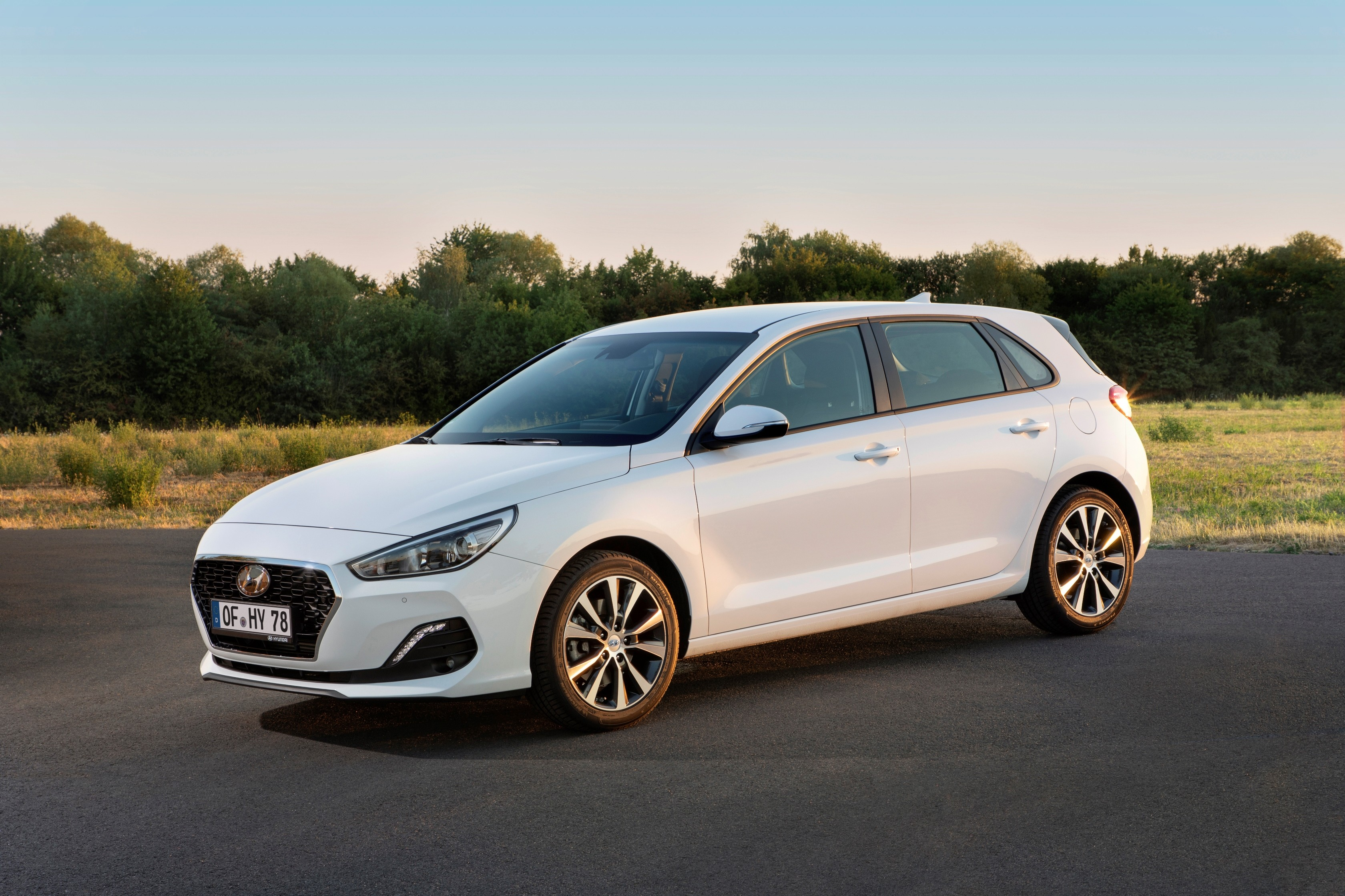 Diesel Exhaust Fluid >> 2019 Hyundai i30 Facelifted: Smartstream Engine, 8 ...