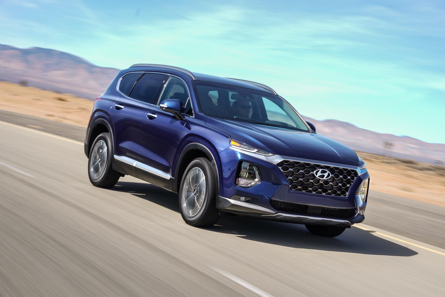 2019 hyundai santa fe crosses the ocean for nyias gets new trim names autoevolution. Black Bedroom Furniture Sets. Home Design Ideas