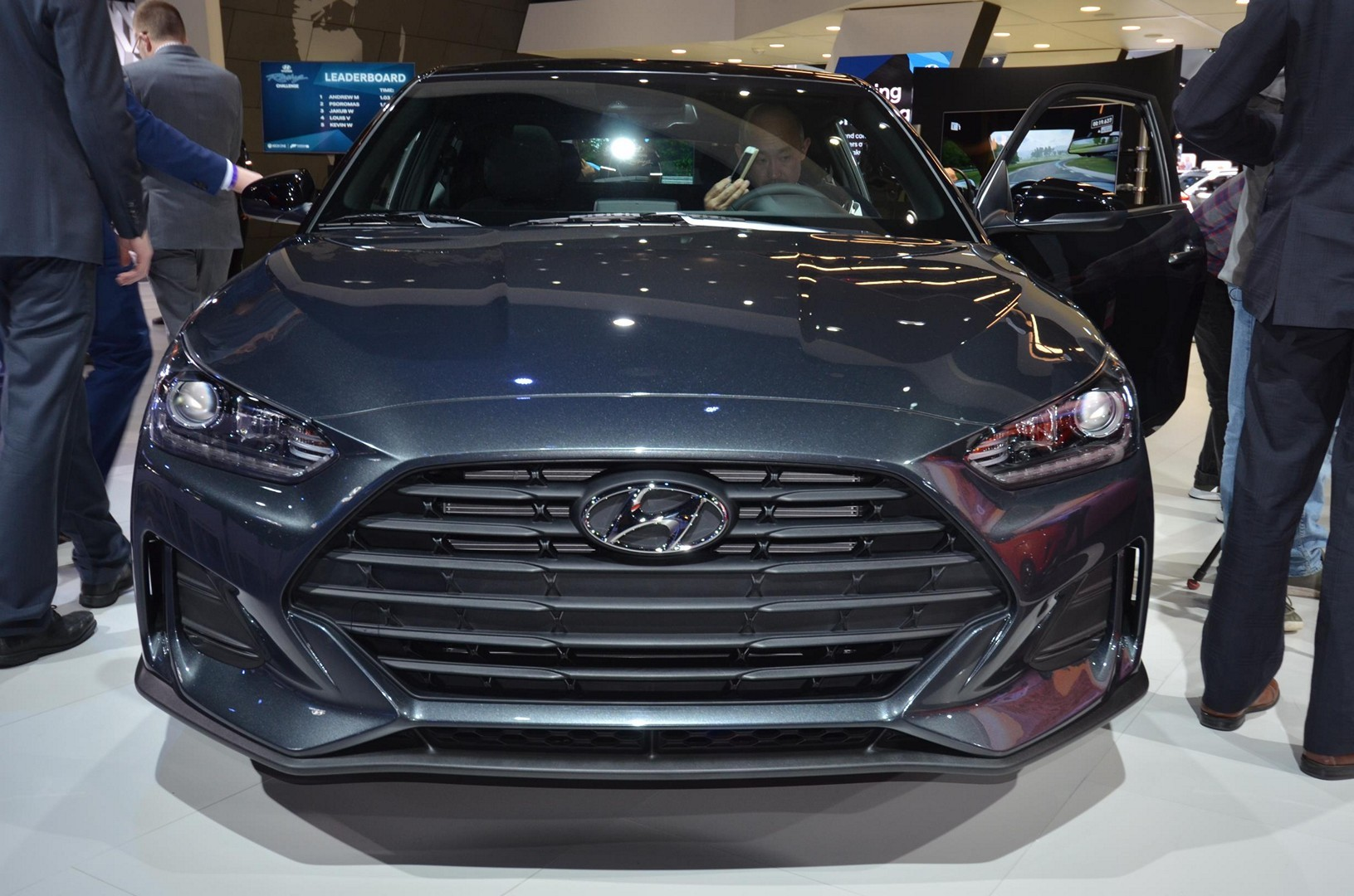 Hyundai Reveals All-New Second-Generation Veloster
