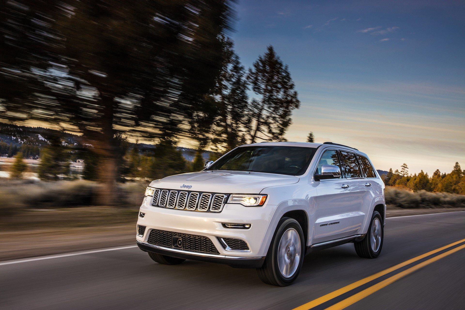 [Resim: 2019-jeep-grand-cherokee_3.jpg]