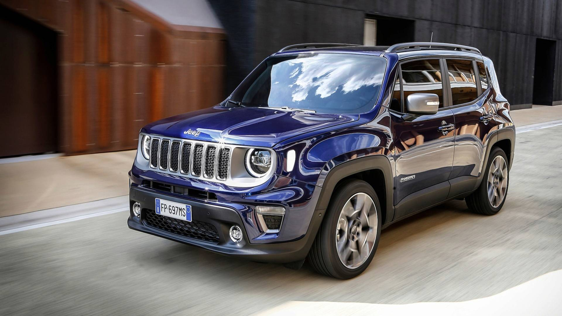 2019 jeep renegade going on sale in europe in september autoevolution. Black Bedroom Furniture Sets. Home Design Ideas