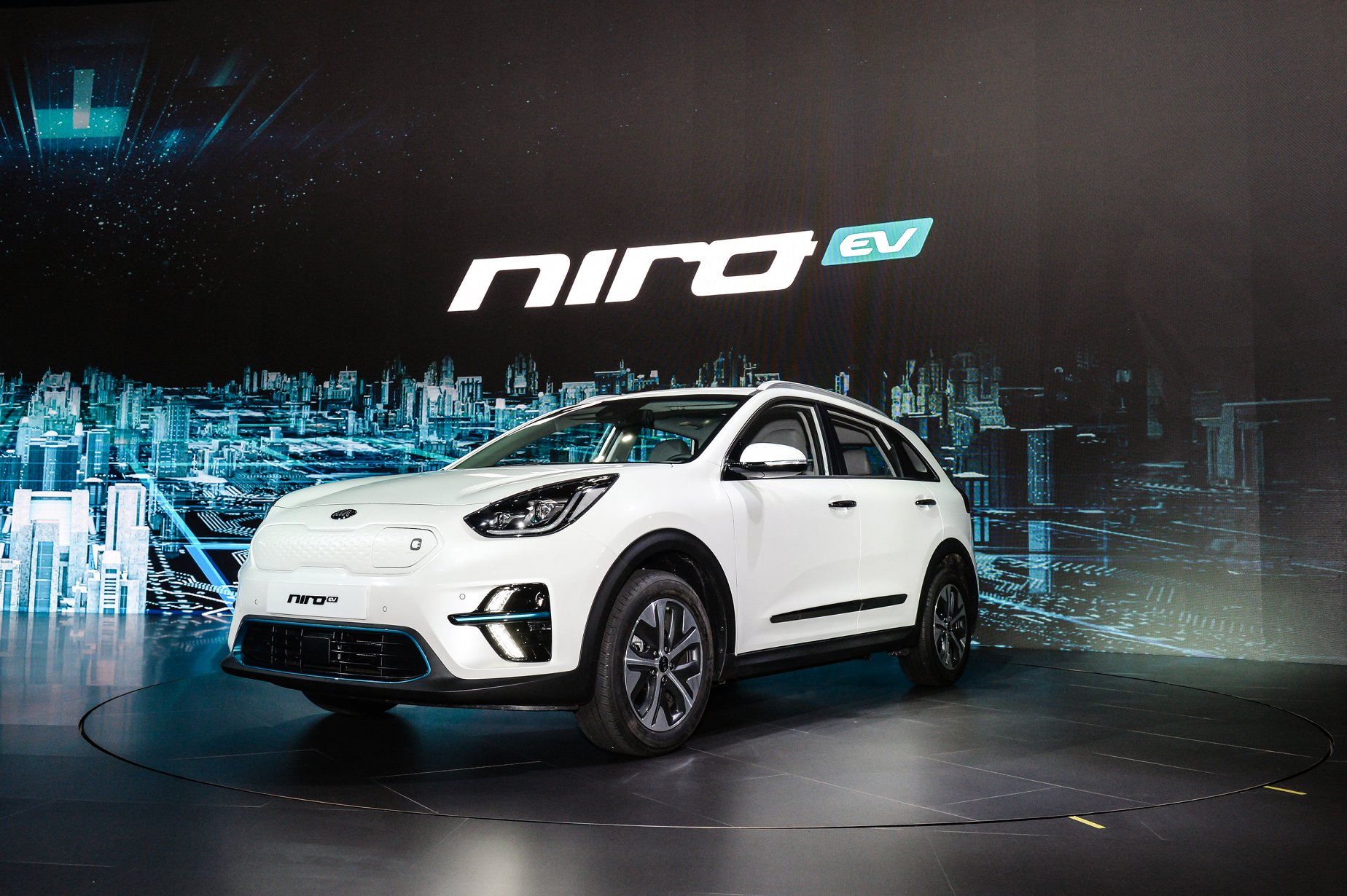 2019 kia niro ev and hyundai tucson facelift debut in busan autoevolution. Black Bedroom Furniture Sets. Home Design Ideas