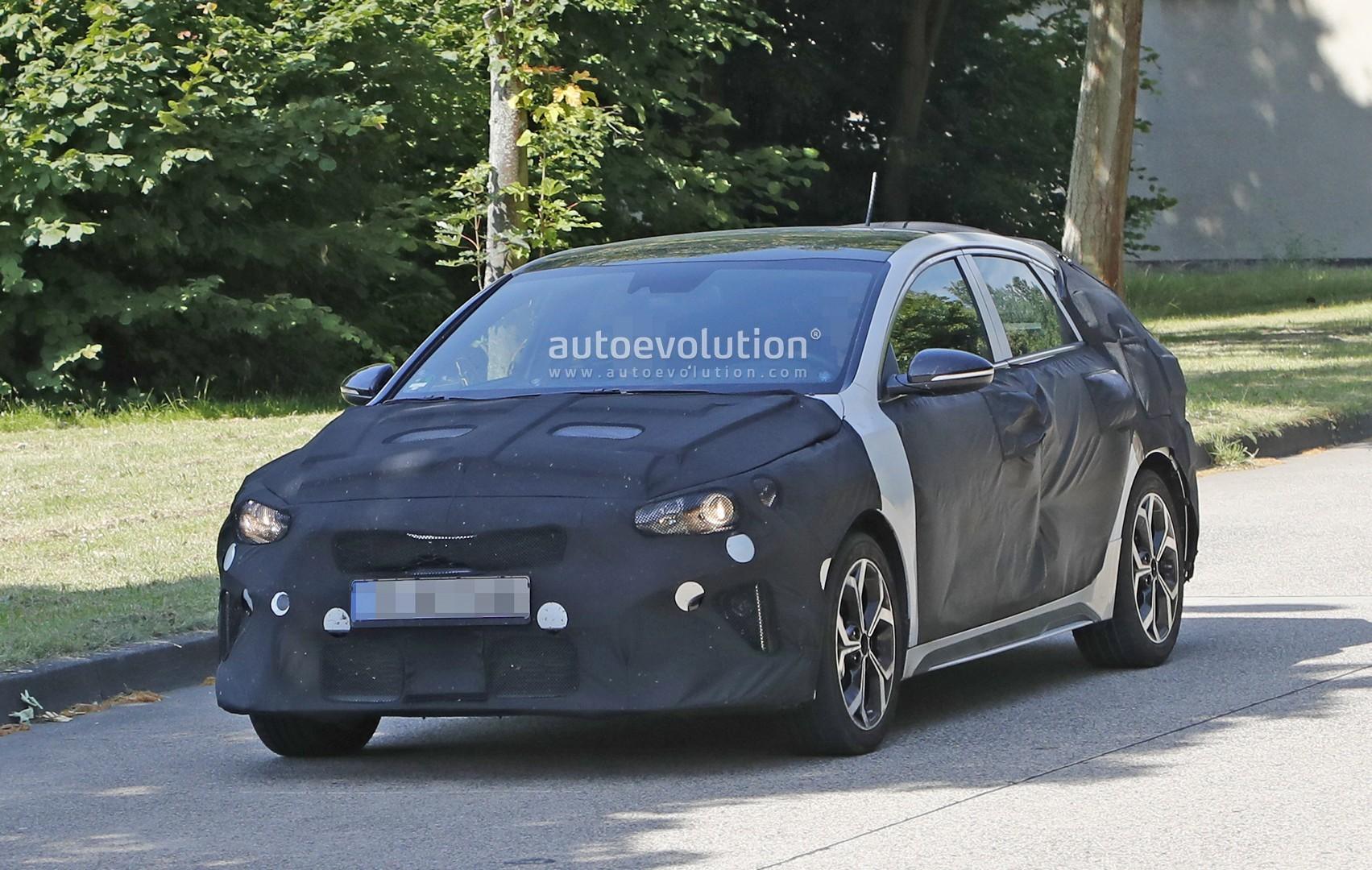 2019 Kia Proceed Gt Prototype Looks Like A Forte Wagon