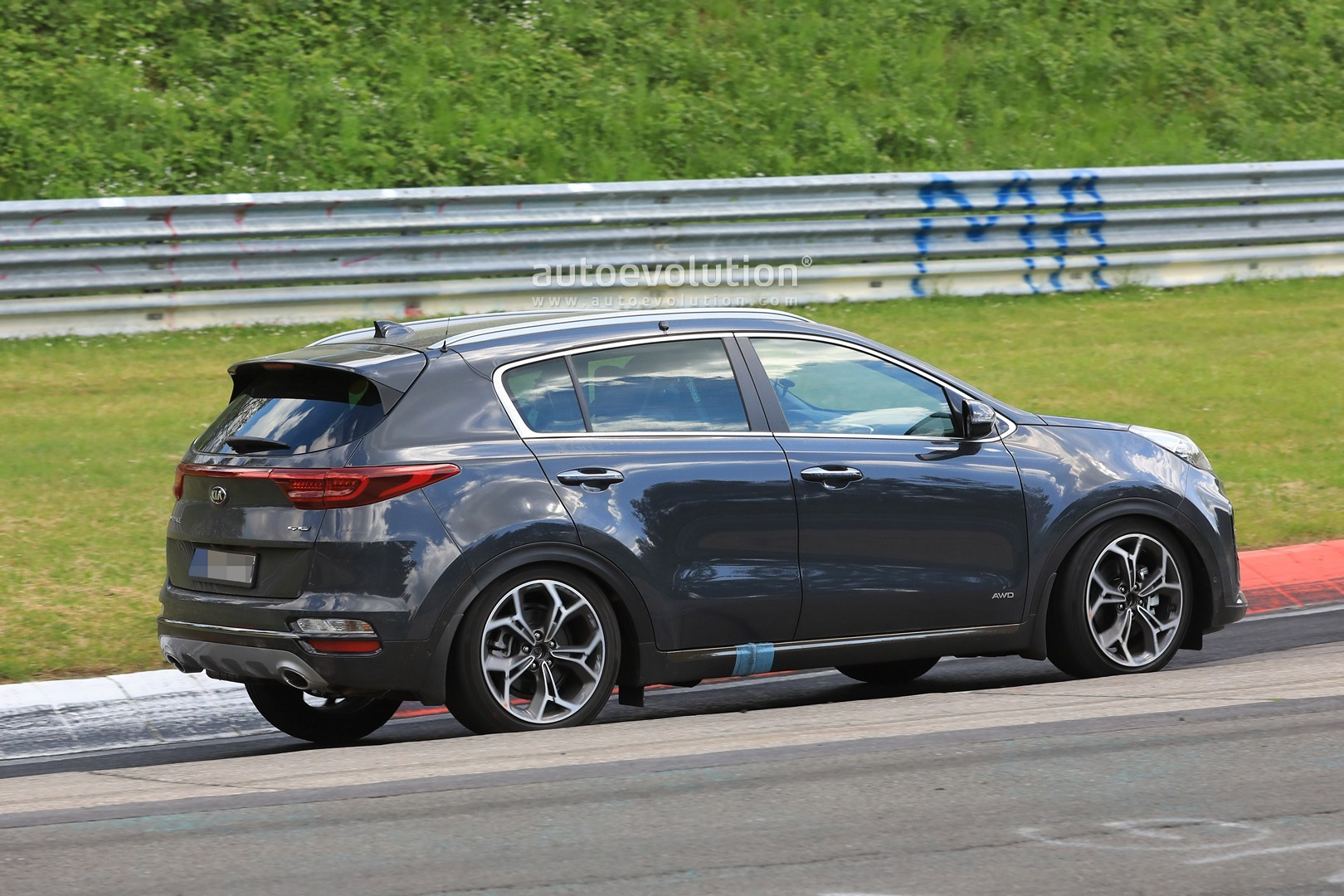 2019 kia sportage facelift revealed in full at the nurburgring autoevolution. Black Bedroom Furniture Sets. Home Design Ideas