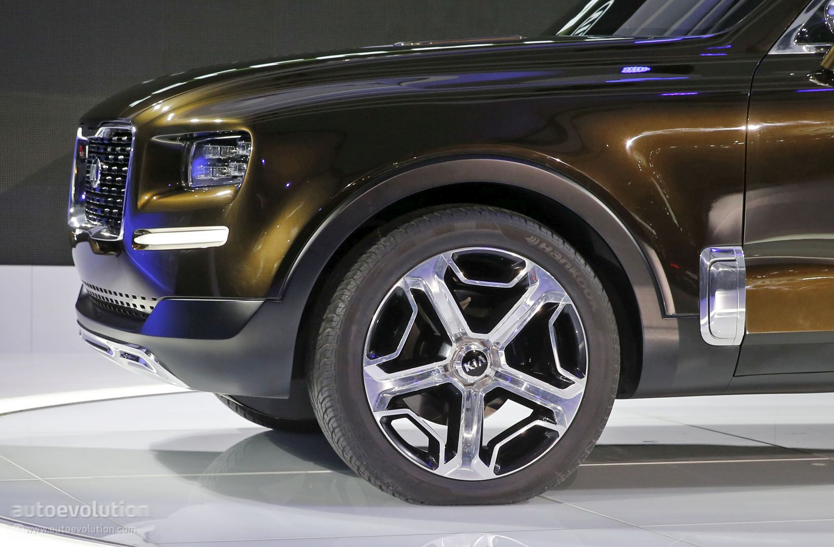 2019 Kia Telluride SUV Spied For The First Time, Looks ...