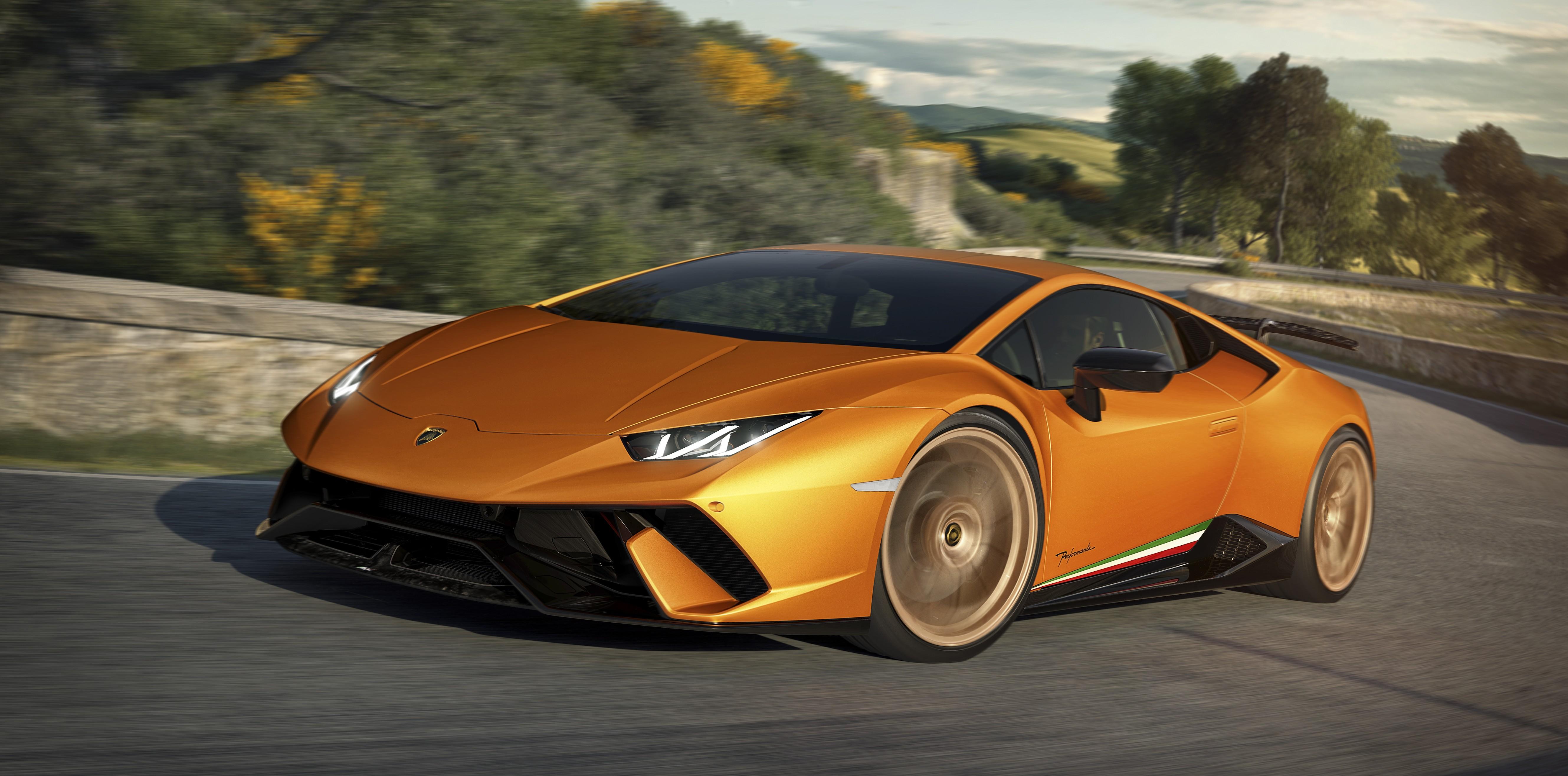 2019 Lamborghini Huracan Expected To Get Rear Wheel Steering