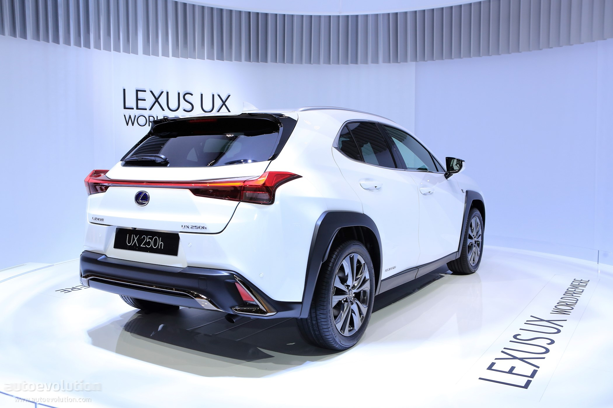 lexus confirms plans for seven-seat rx - autoevolution